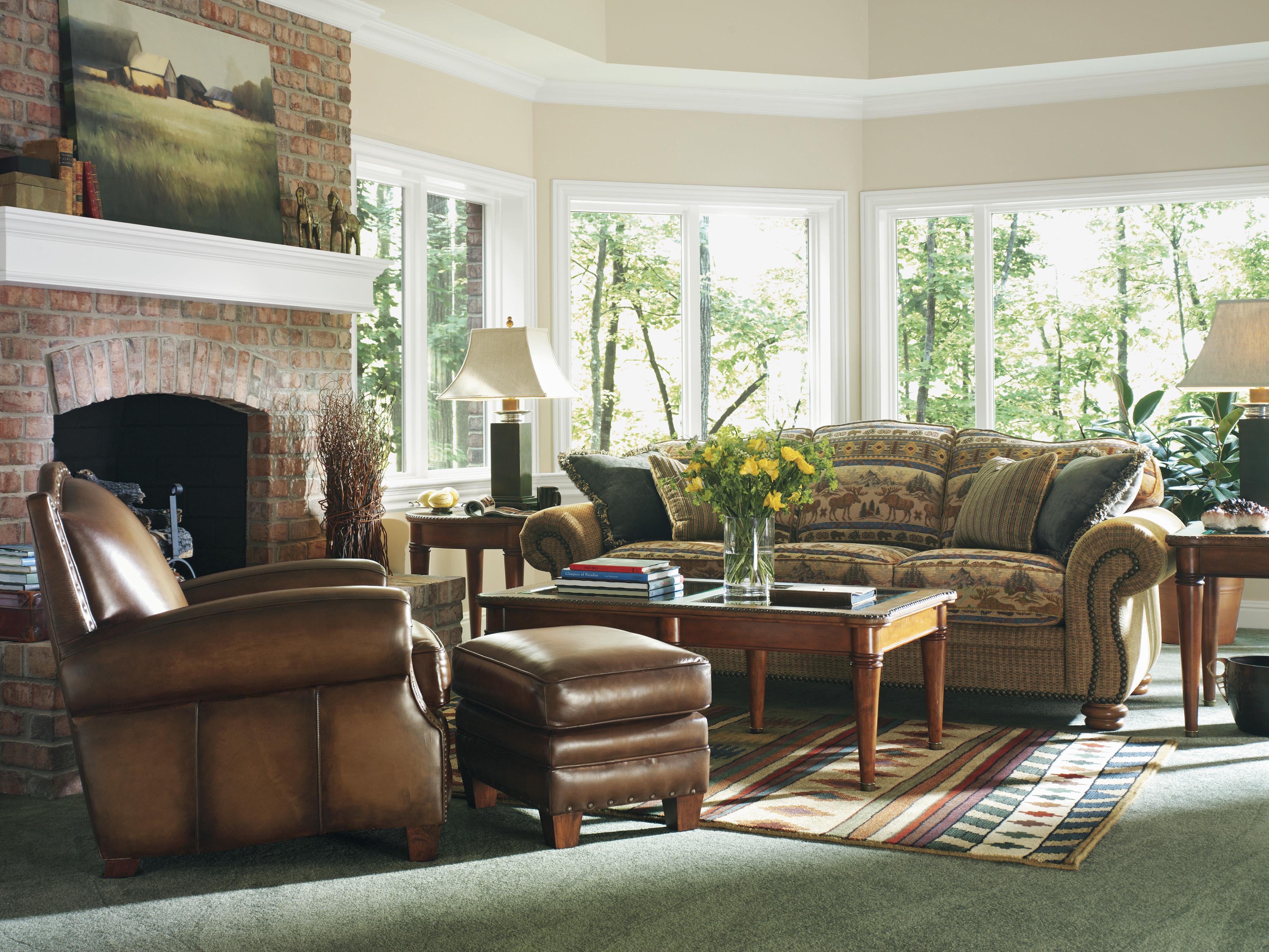 Flexsteel Bexley Traditional Sofa With Nail Head Trim