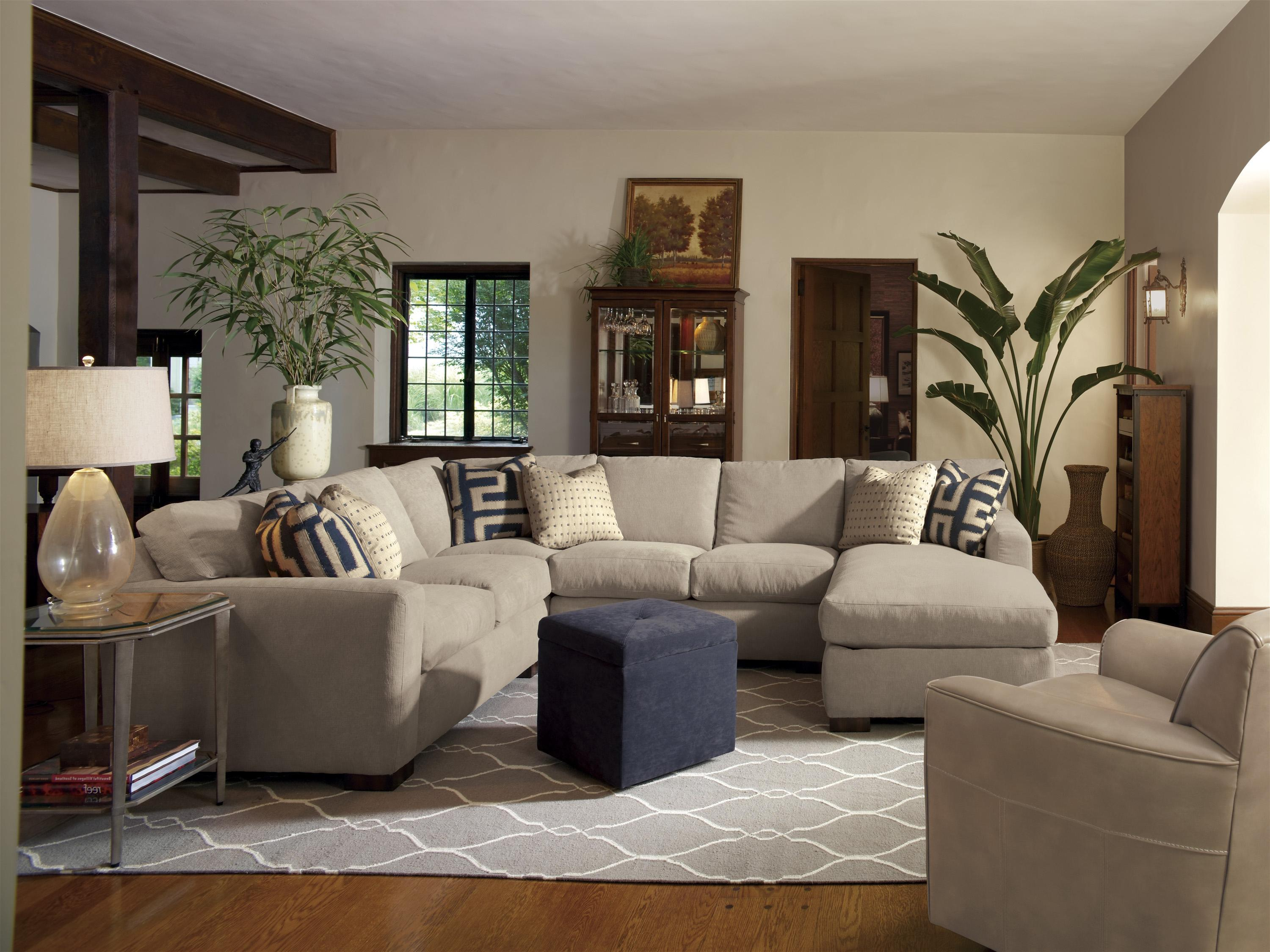 Flexsteel Bryant Contemporary Sectional Sofa With 3