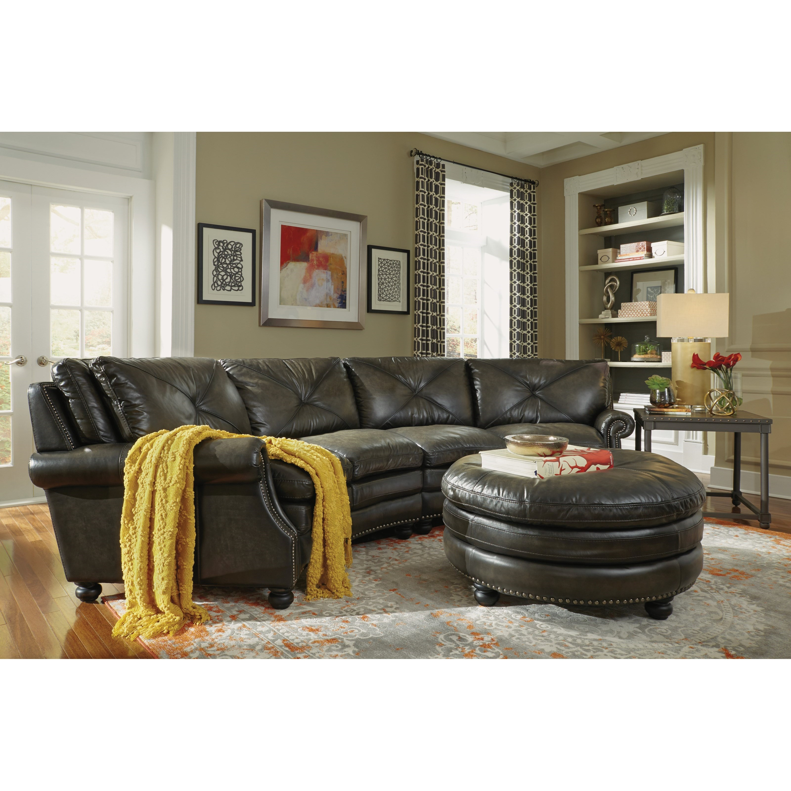 Flexsteel Latitudes-Suffolk Round Sectional Sofa With