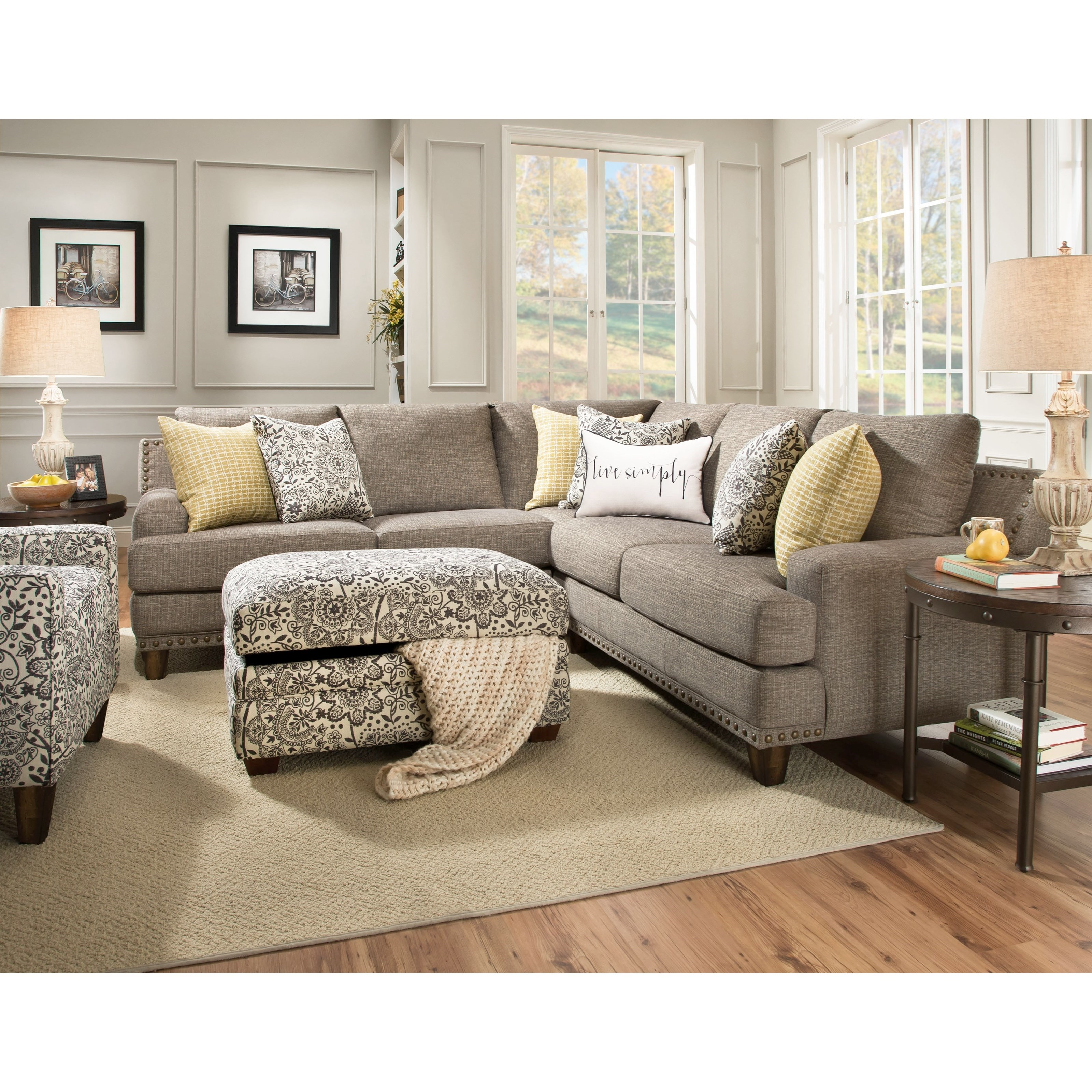 Franklin Julienne Sectional Sofa with Four Seats - Item Number: 86459+04-PC+60