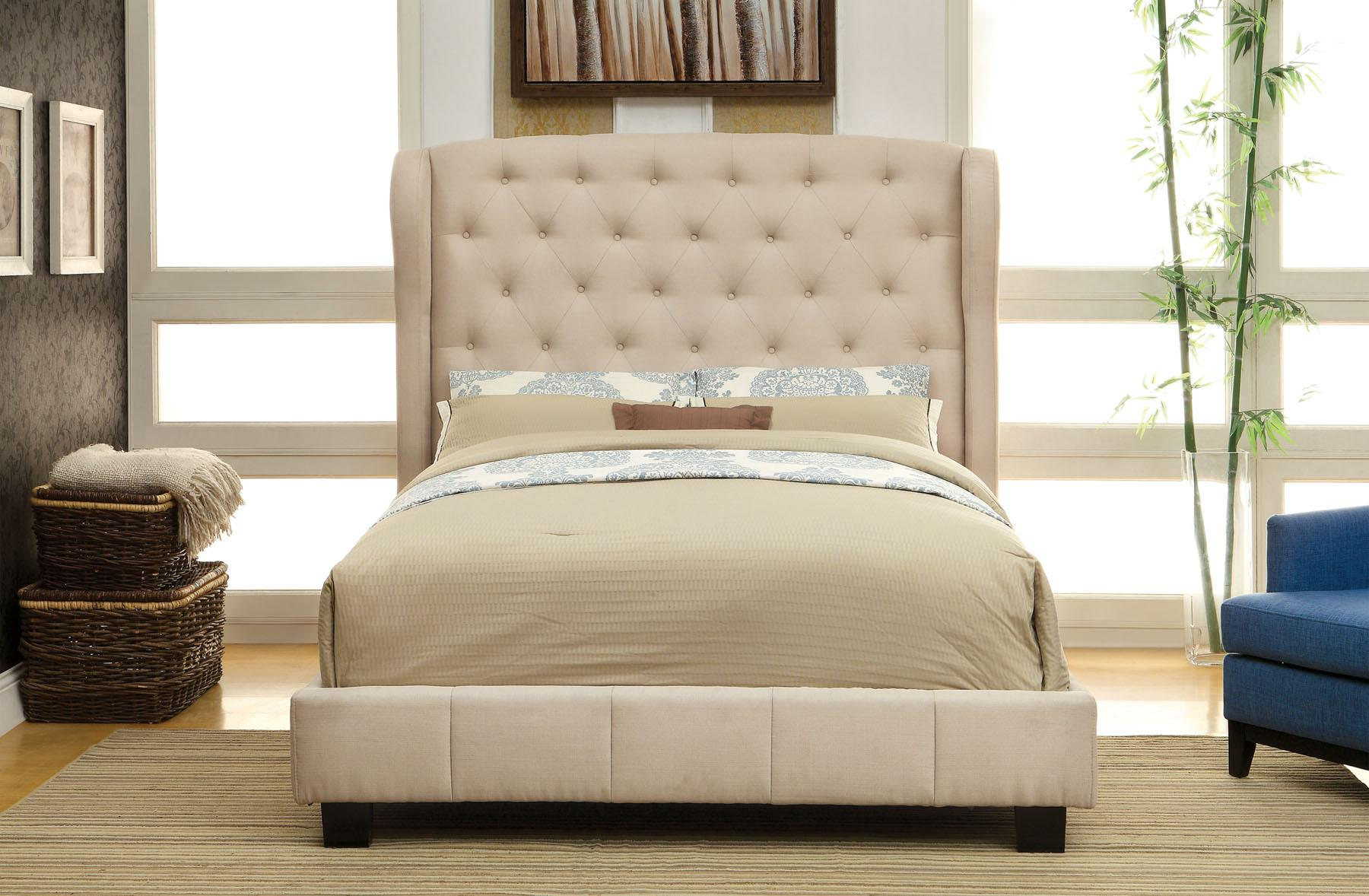 Furniture of America CM7050 Ivory Trufted Bed Queen Del Sol