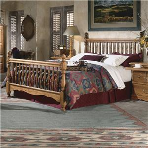 Furniture Traditions Master-Piece Queen Deluxe Spindle Bed