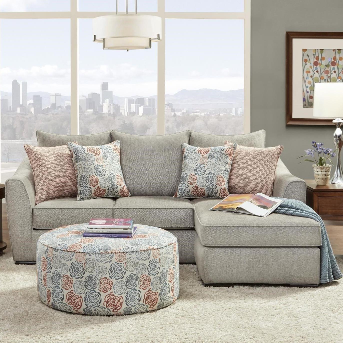 9770 Sofa Chaise