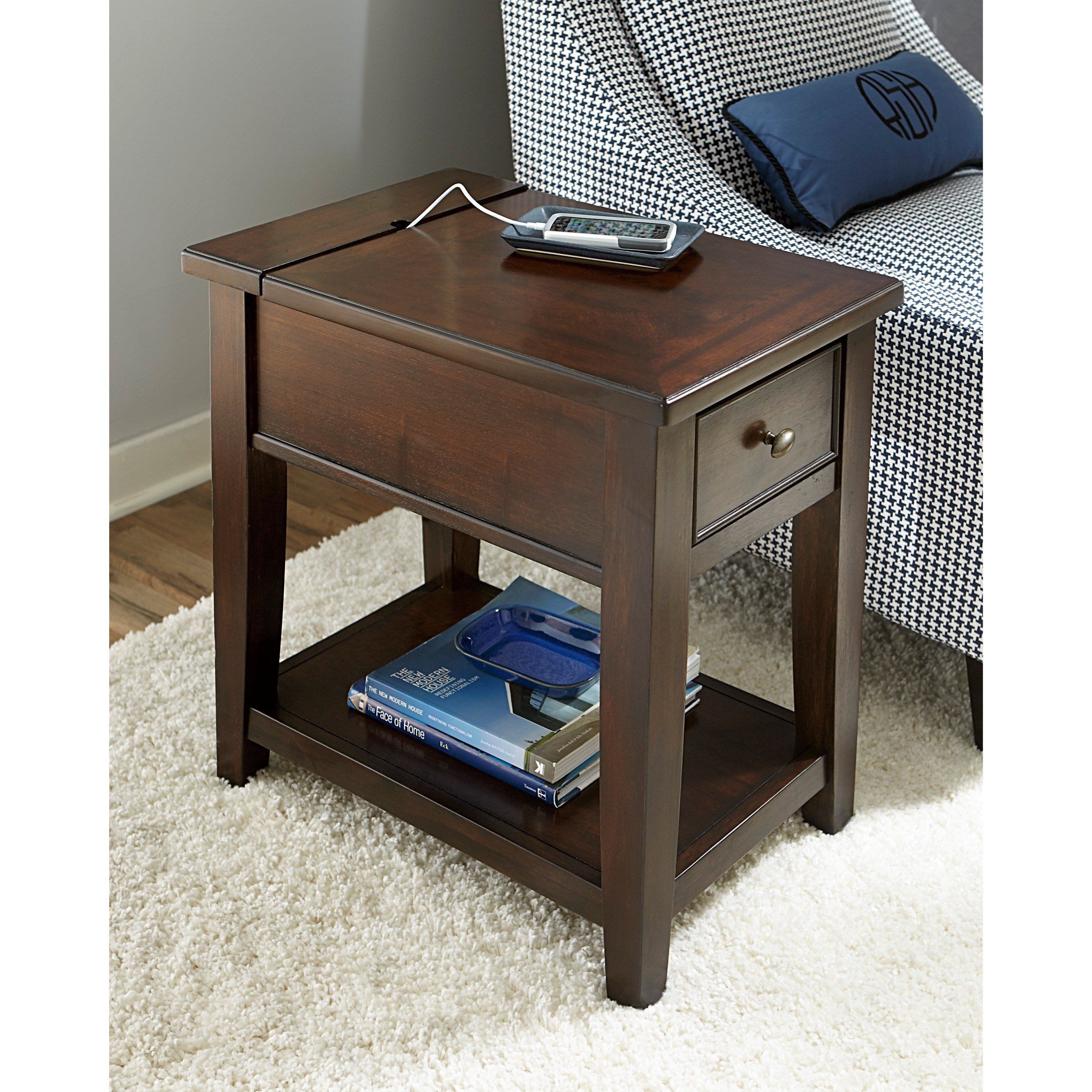 Hammary Boulevard Charging Chairside Table With Built In