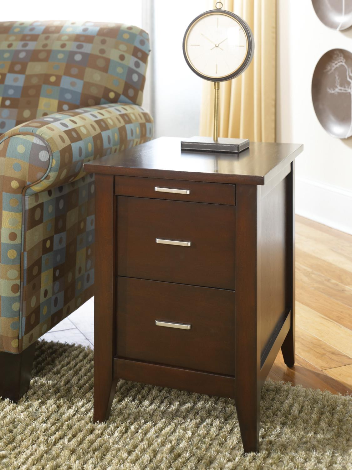 Hammary Chairsides Table - Item Number: T000071-T73738-00