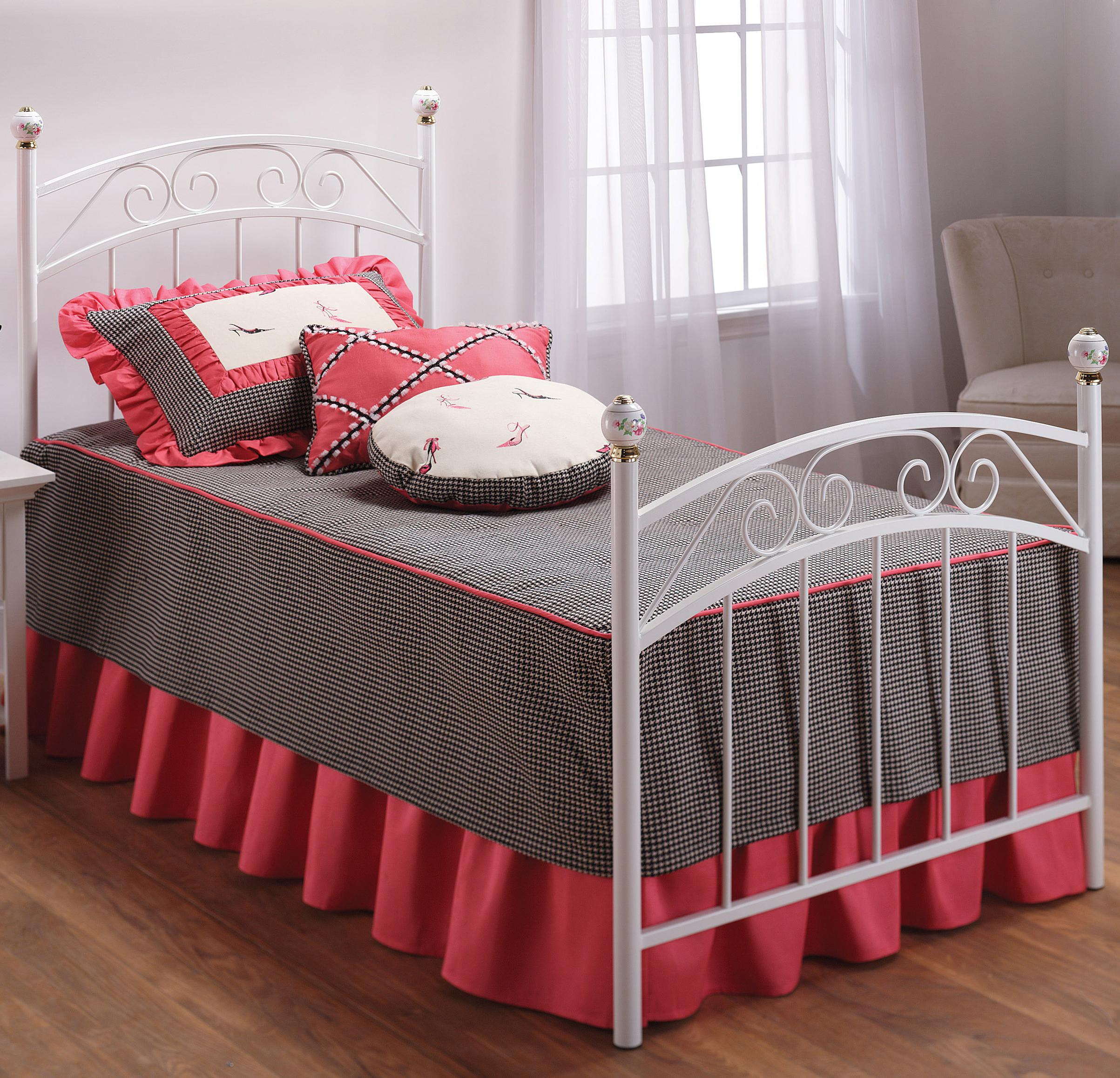 Hillsdale Metal Beds Emma Full Bed - Item Number: 1864BFR
