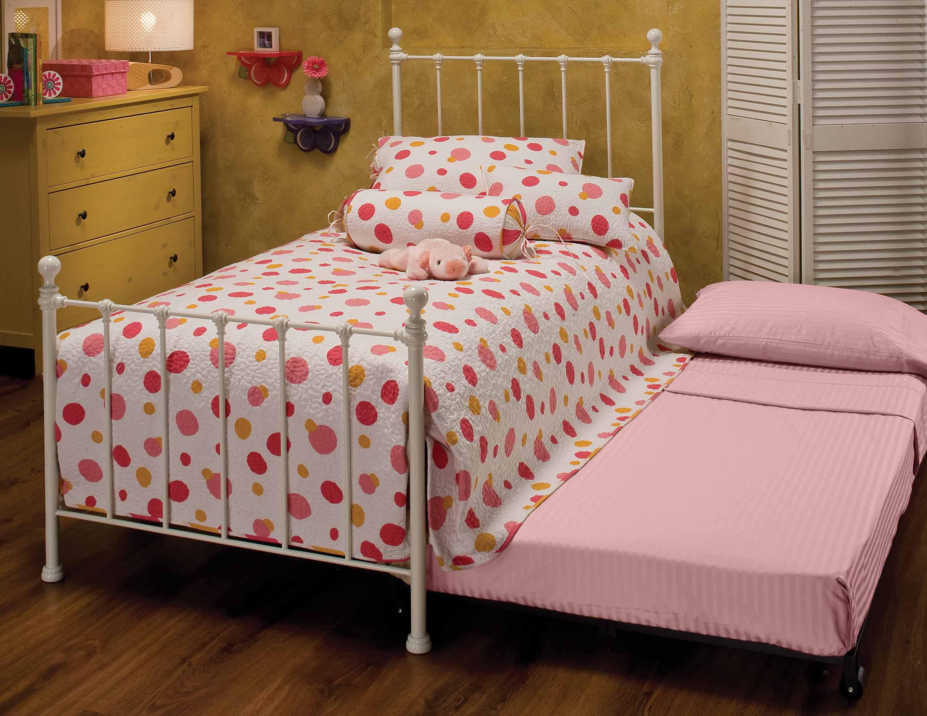 Hillsdale Metal Beds Twin White Molly Bed with Underbed Trundle - Item Number: 1222BTWHTR