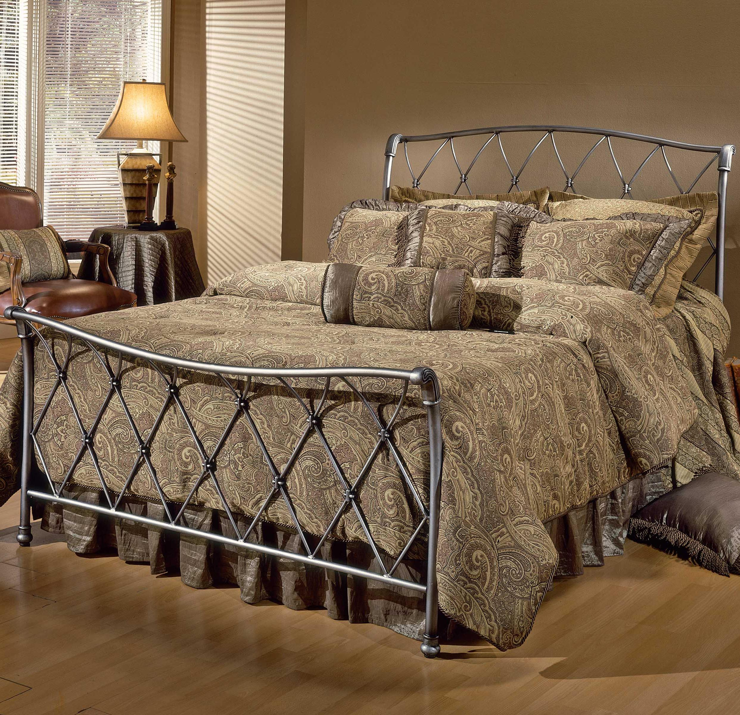 Hillsdale Metal Beds Full Silverton Bed - Item Number: 1298BFR