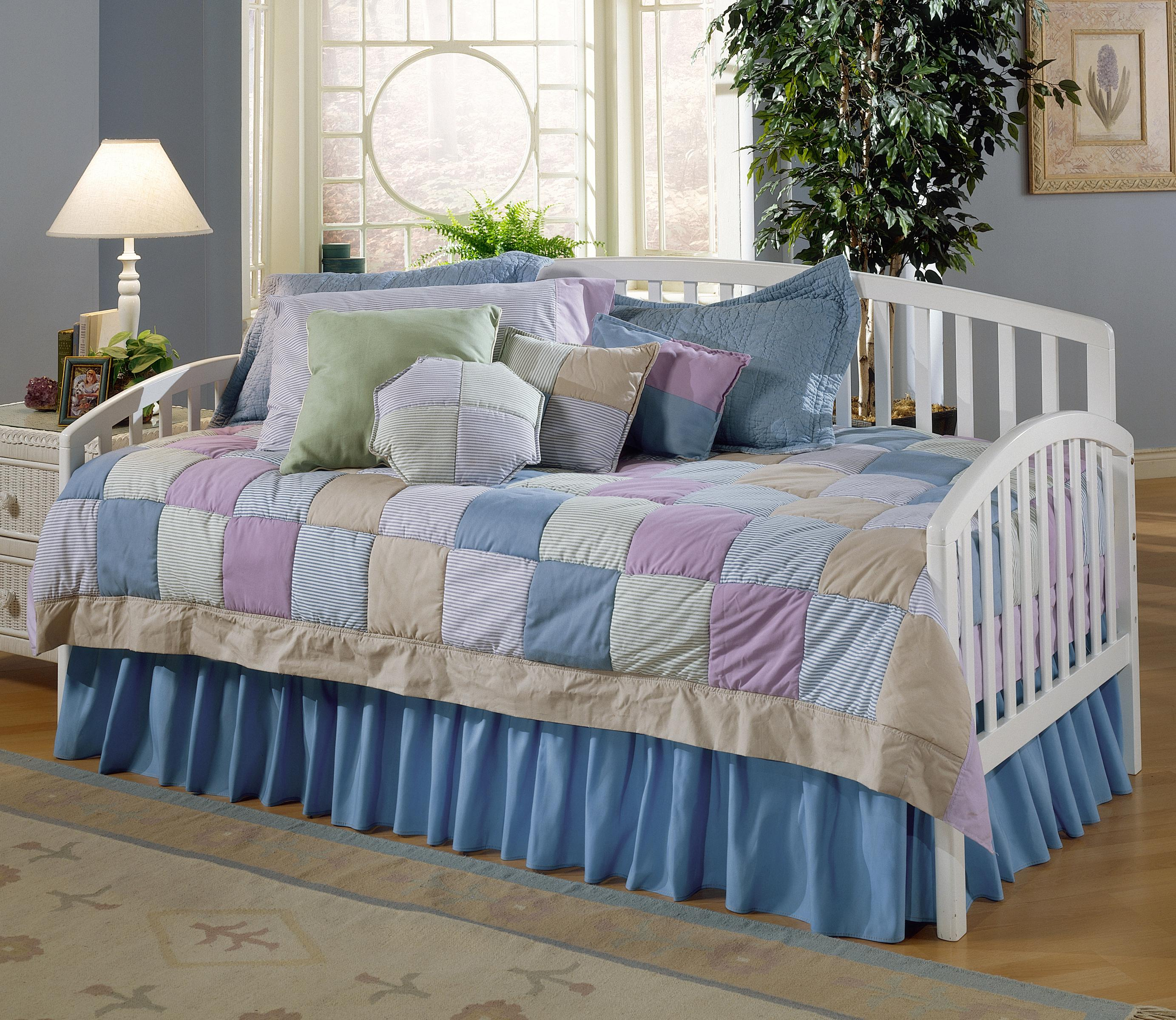 Hillsdale Daybeds Twin Carolina Daybed - Item Number: 1109DBLH
