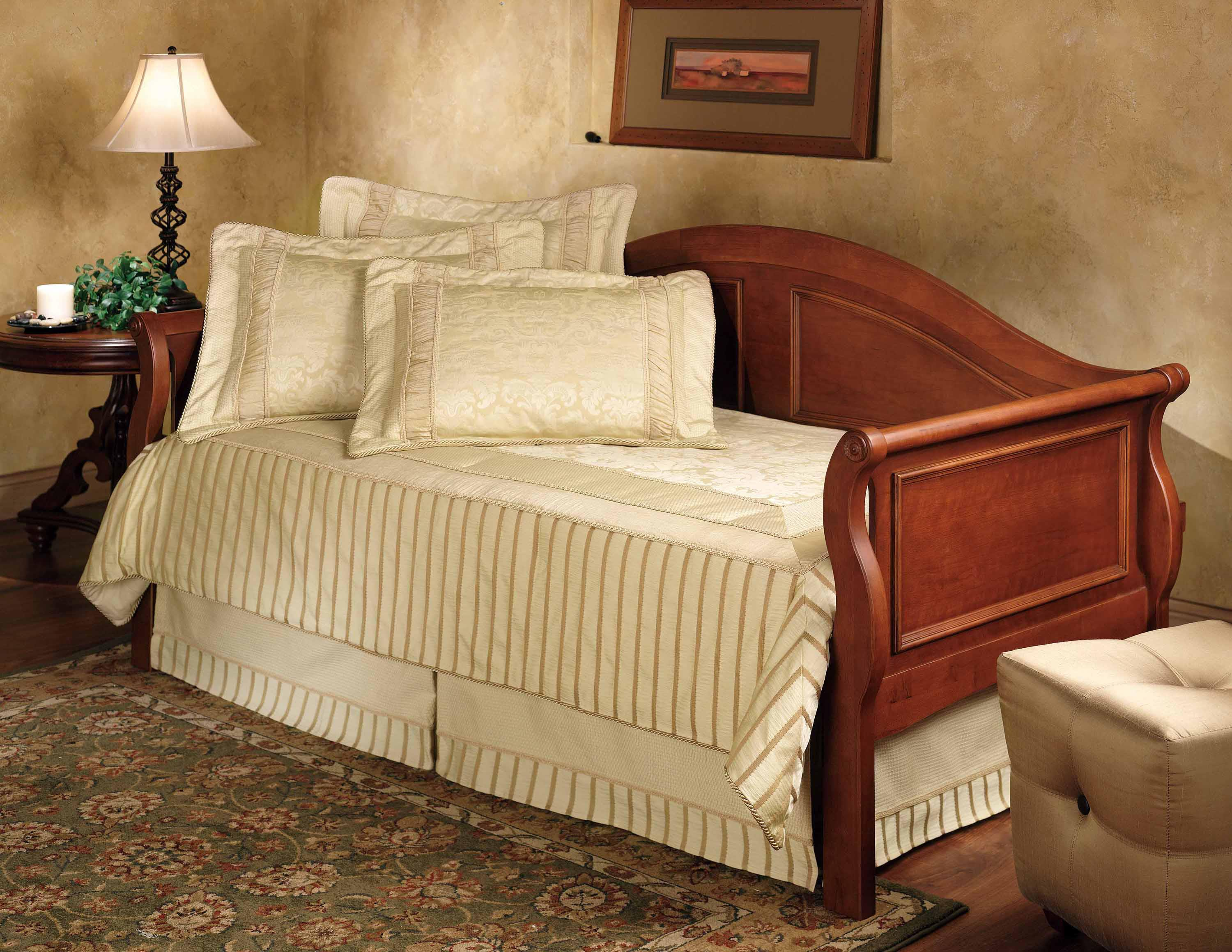 Hillsdale Daybeds Daybed with Trundle - Item Number: 124DBLHTR