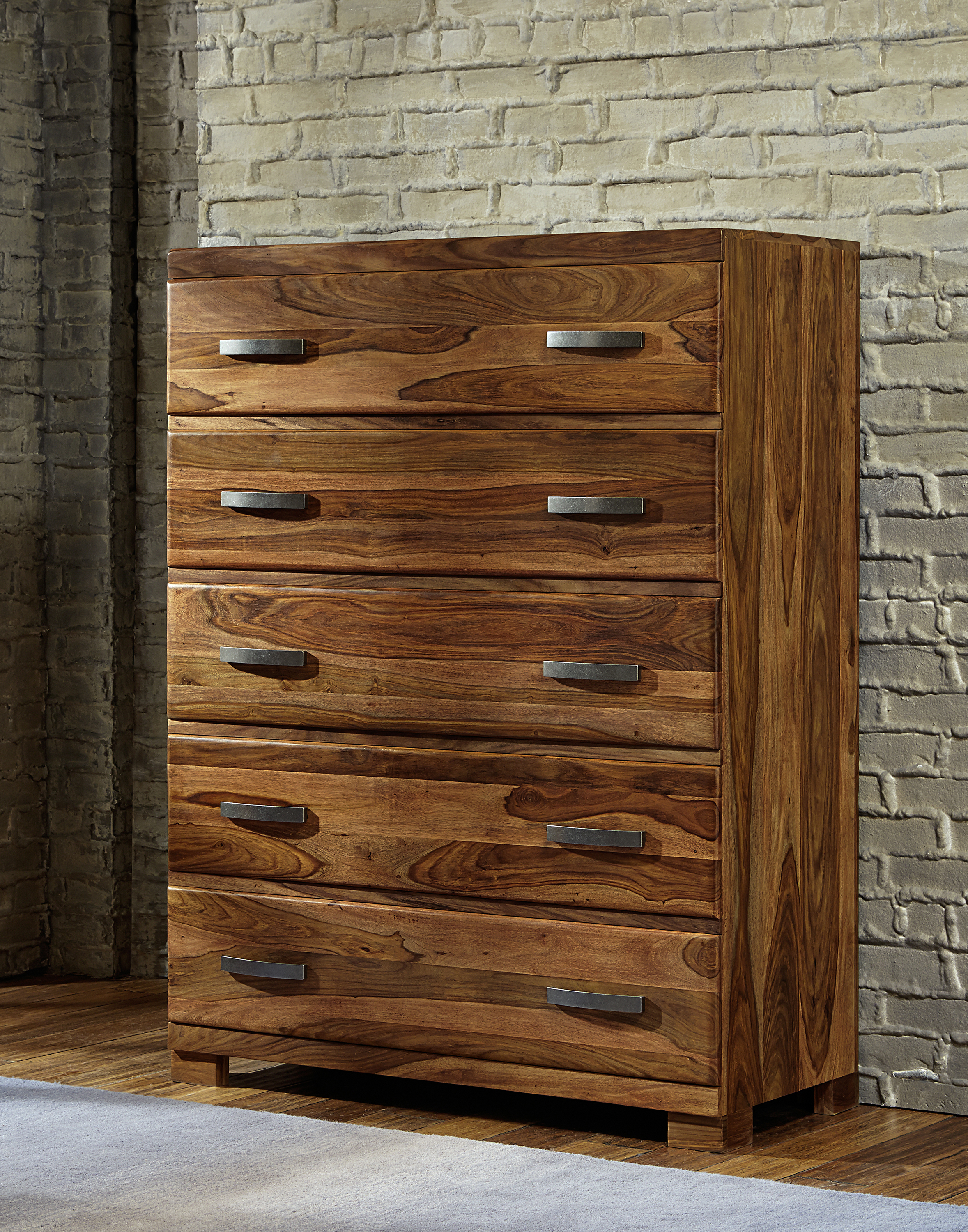 Hillsdale Madera Chest with 5 Drawers - Item Number: 1406-785