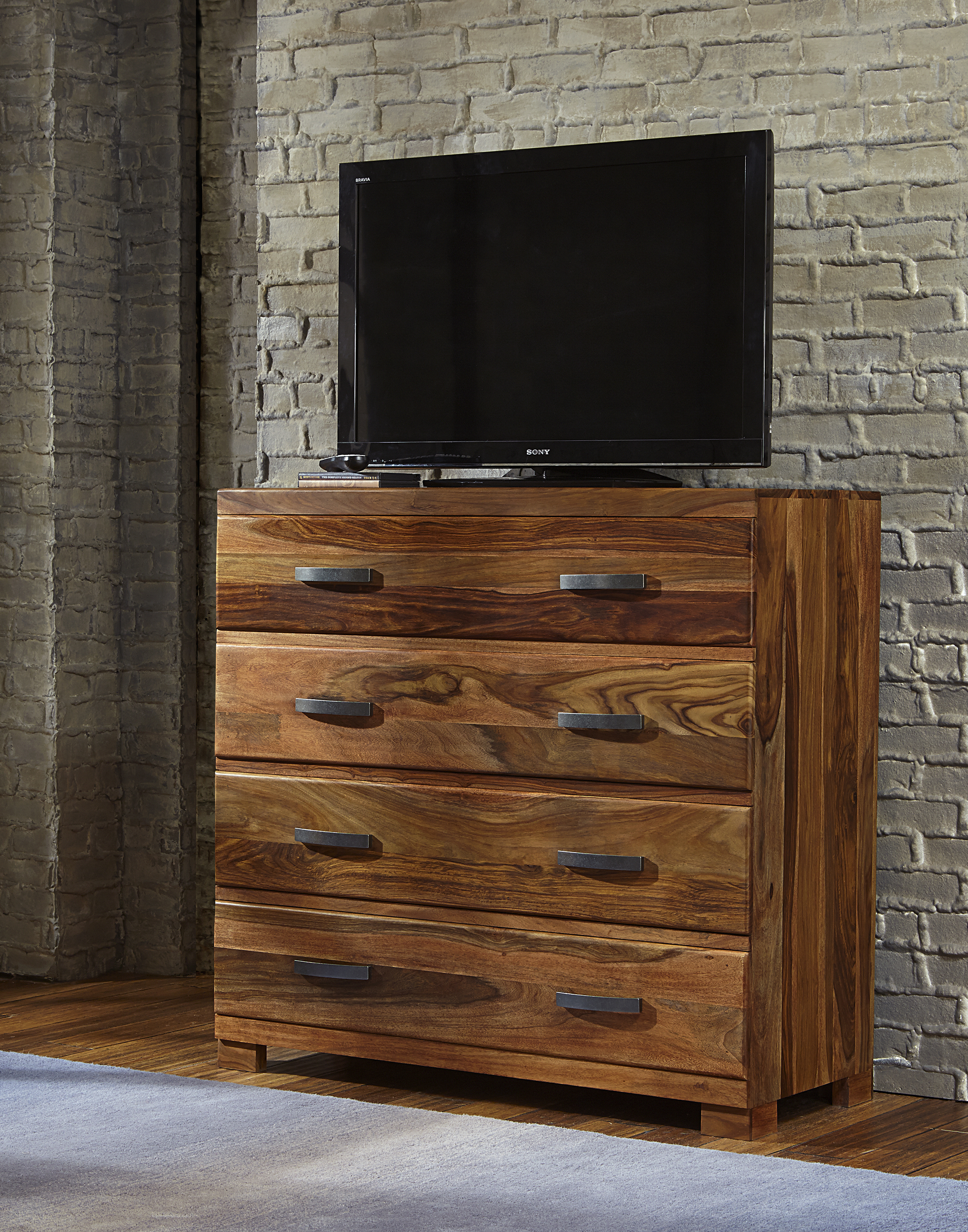 Hillsdale Madera Media Chest with 4 Drawers - Item Number: 1406-790