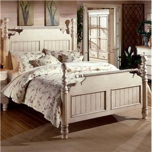 Morris Home Furnishings Wilshire Queen Poster Bed