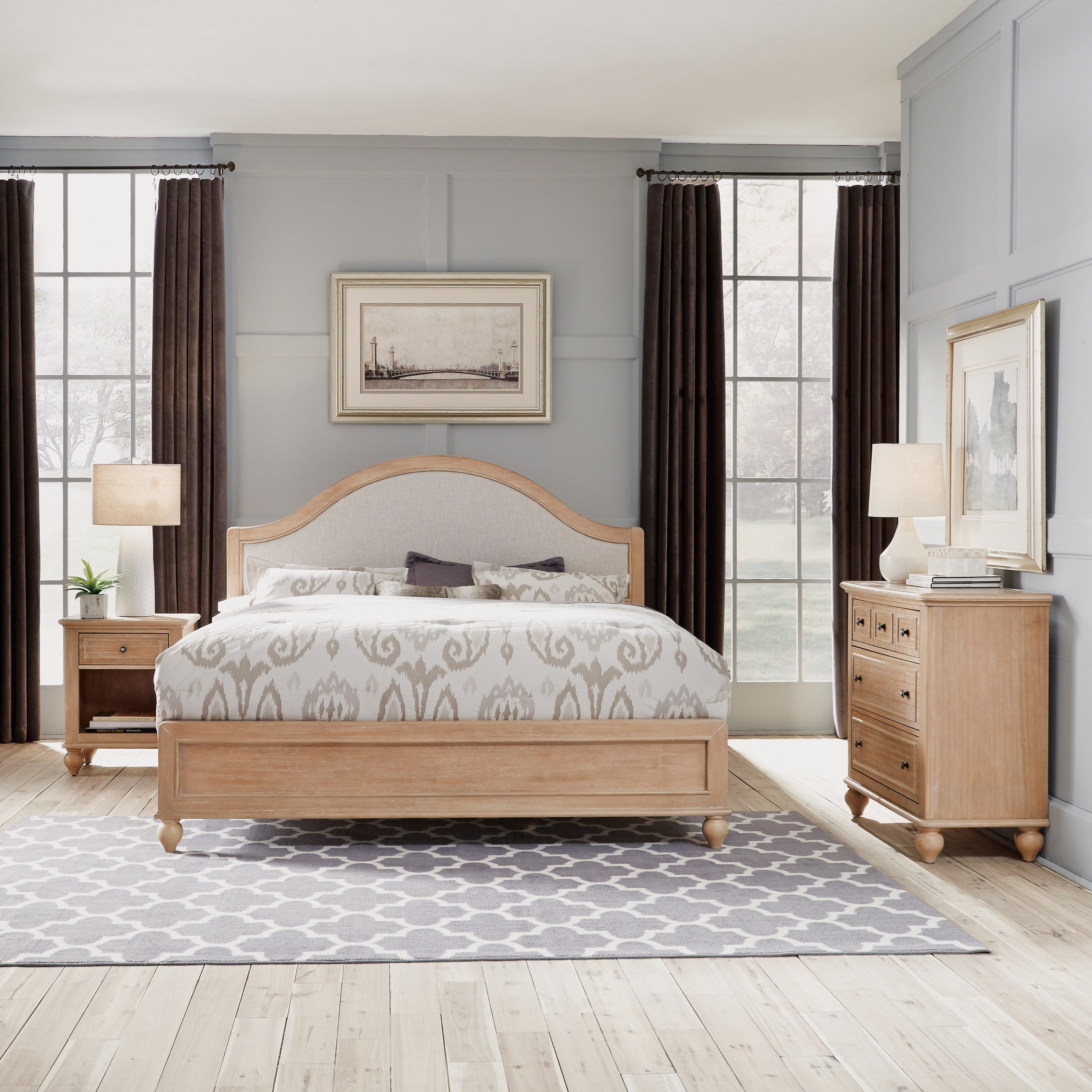 King Bed, Nightstand & Chest