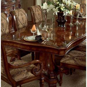 Hooker Furniture Grandeur Pedestal Dining Table