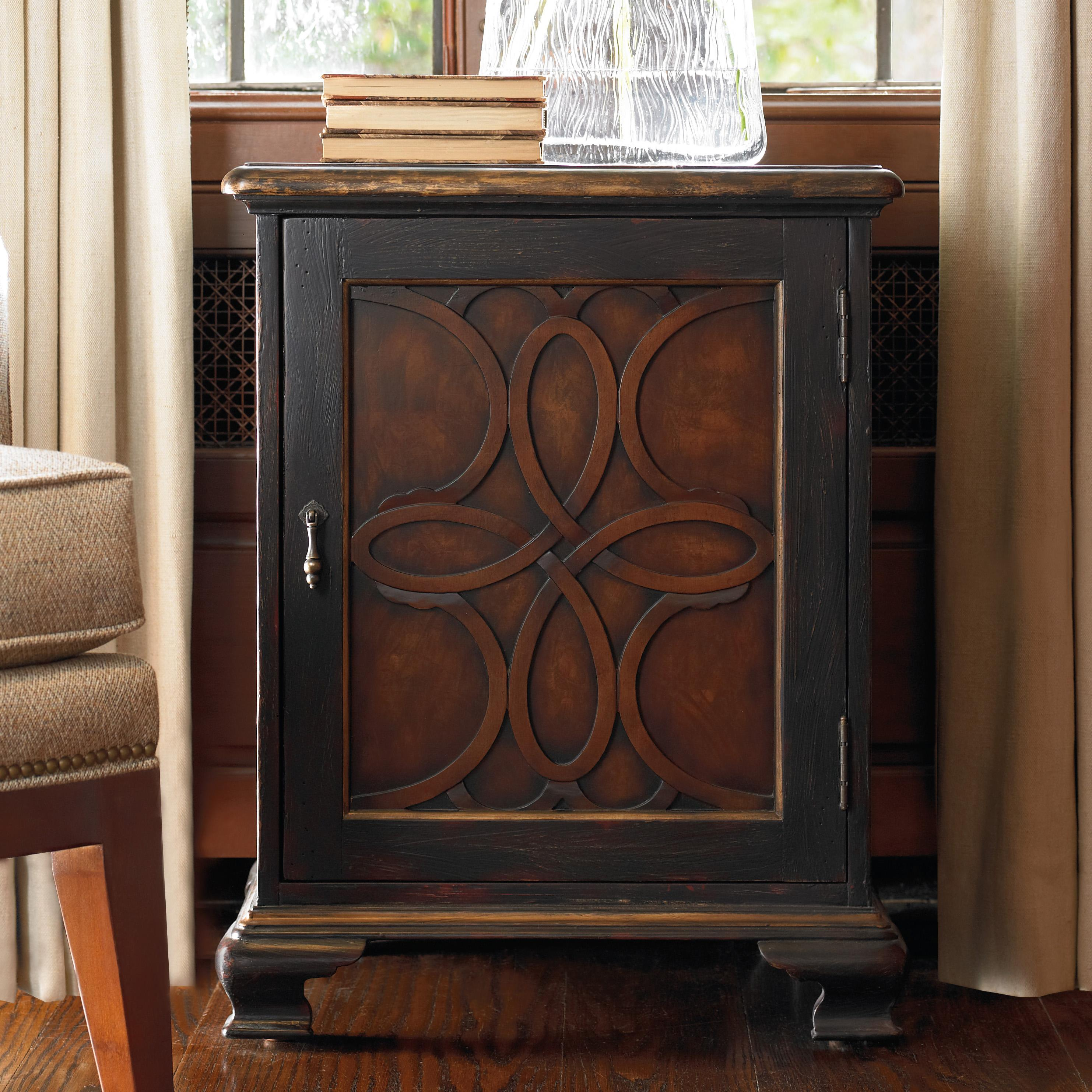 Hamilton Home Living Room Accents Accent Chest - Item Number: 500-50-819