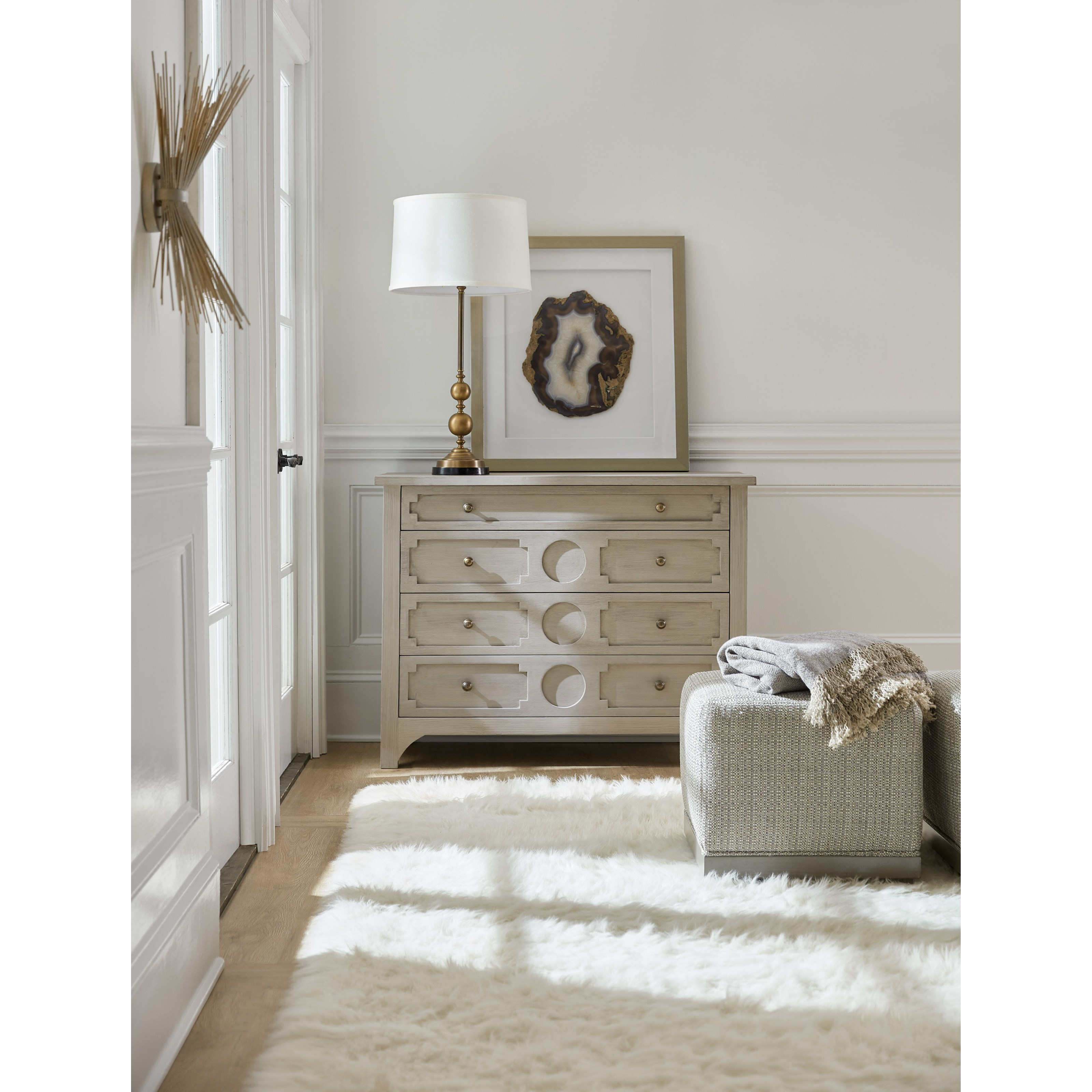 Hooker Furniture Living Room Accents Accent Chest With 4