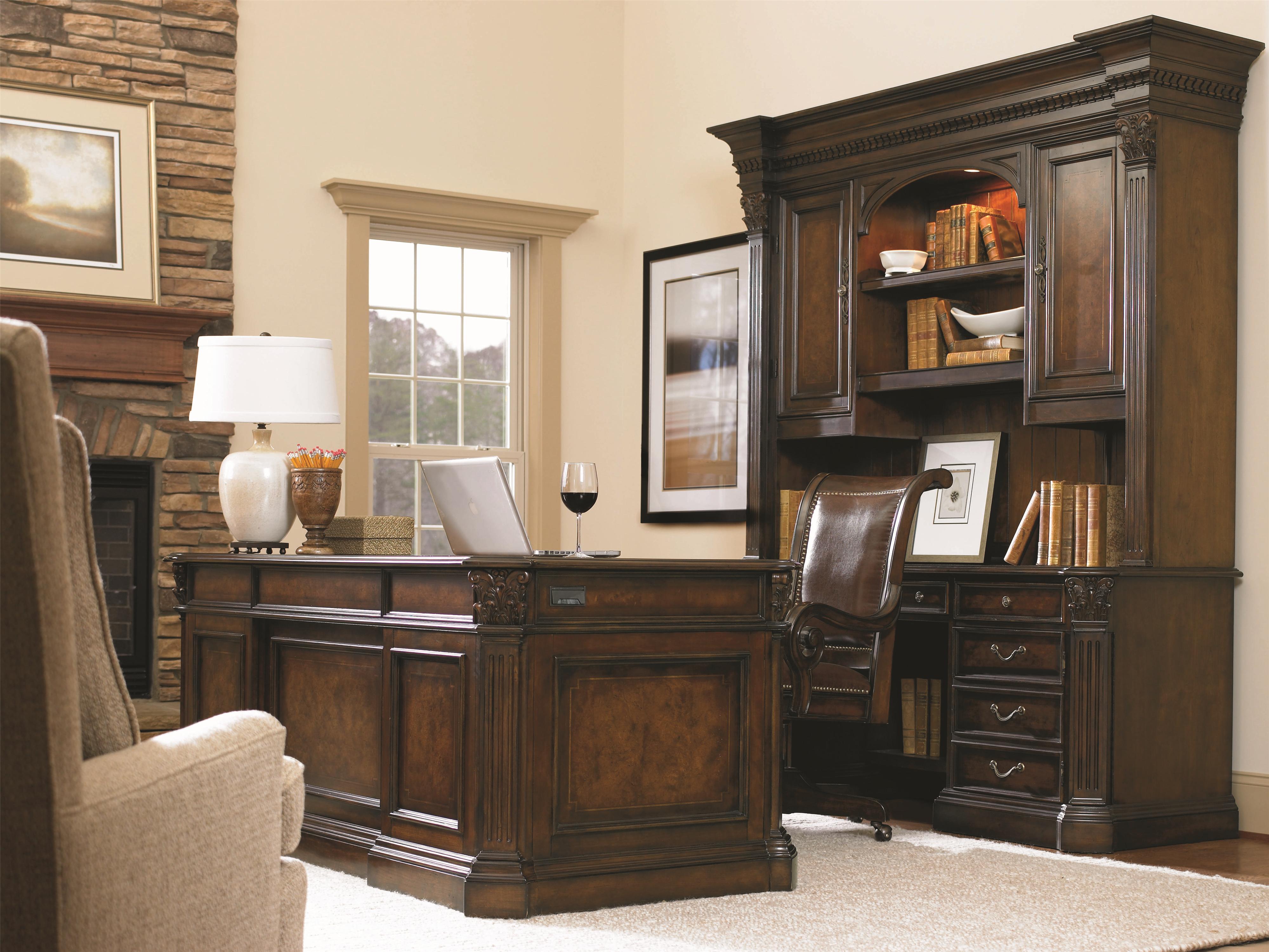 Hooker Furniture European Renaissance Ii 73 Inch Executive