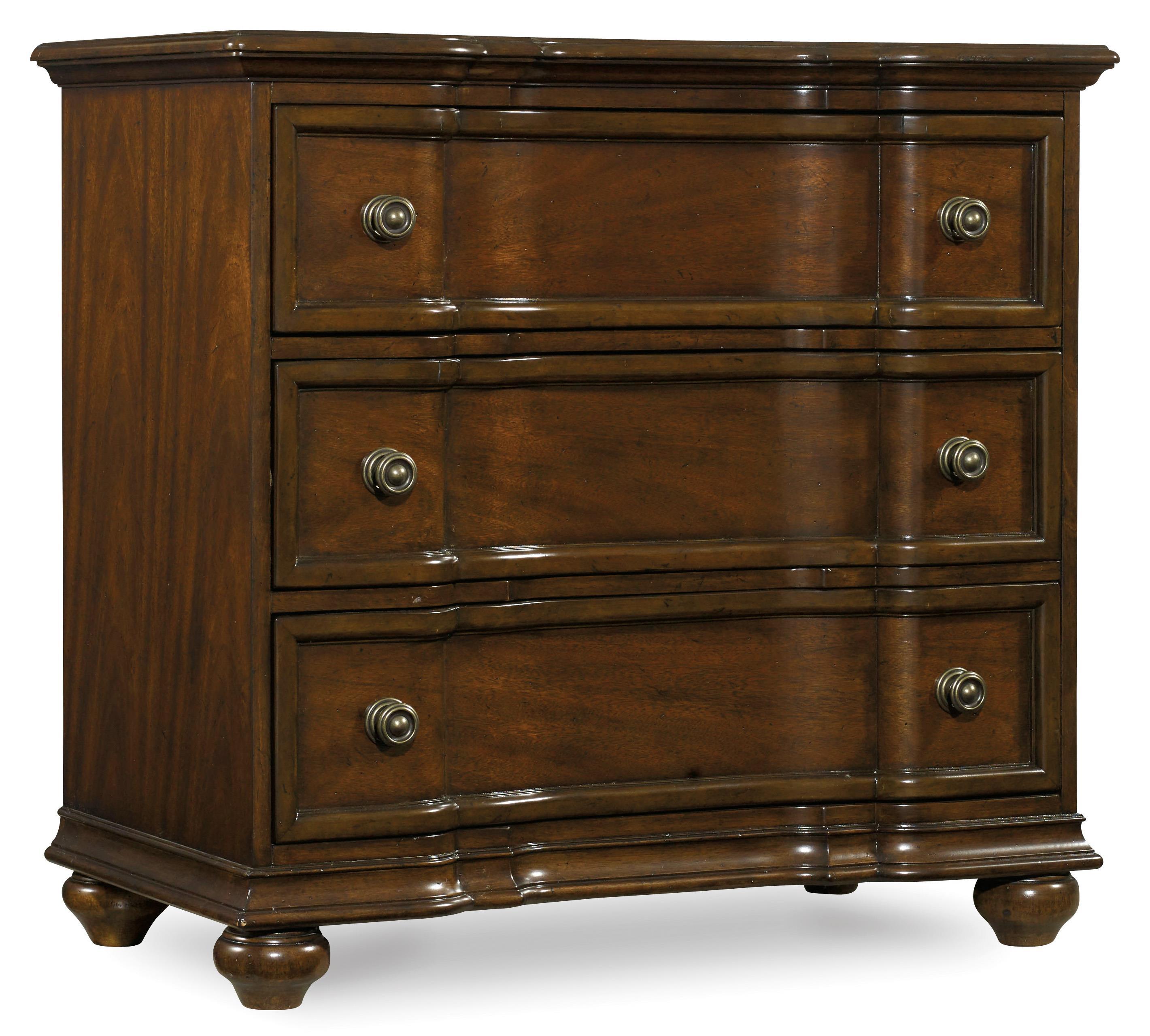 Hooker Furniture Leesburg Bachelor's Chest - Item Number: 5381-90017