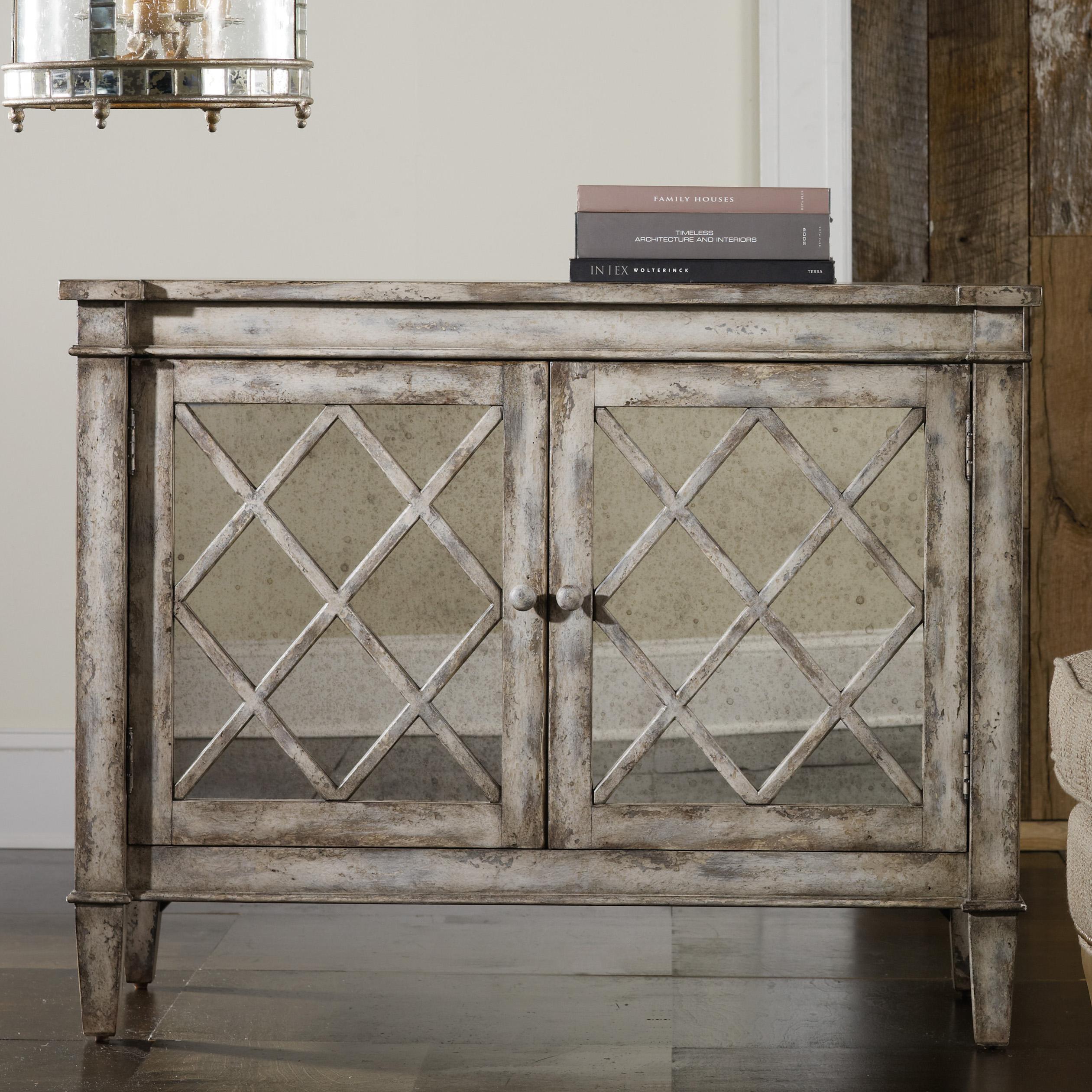 Hooker Furniture Mélange Villa Blanca Chest - Item Number: 638-85032
