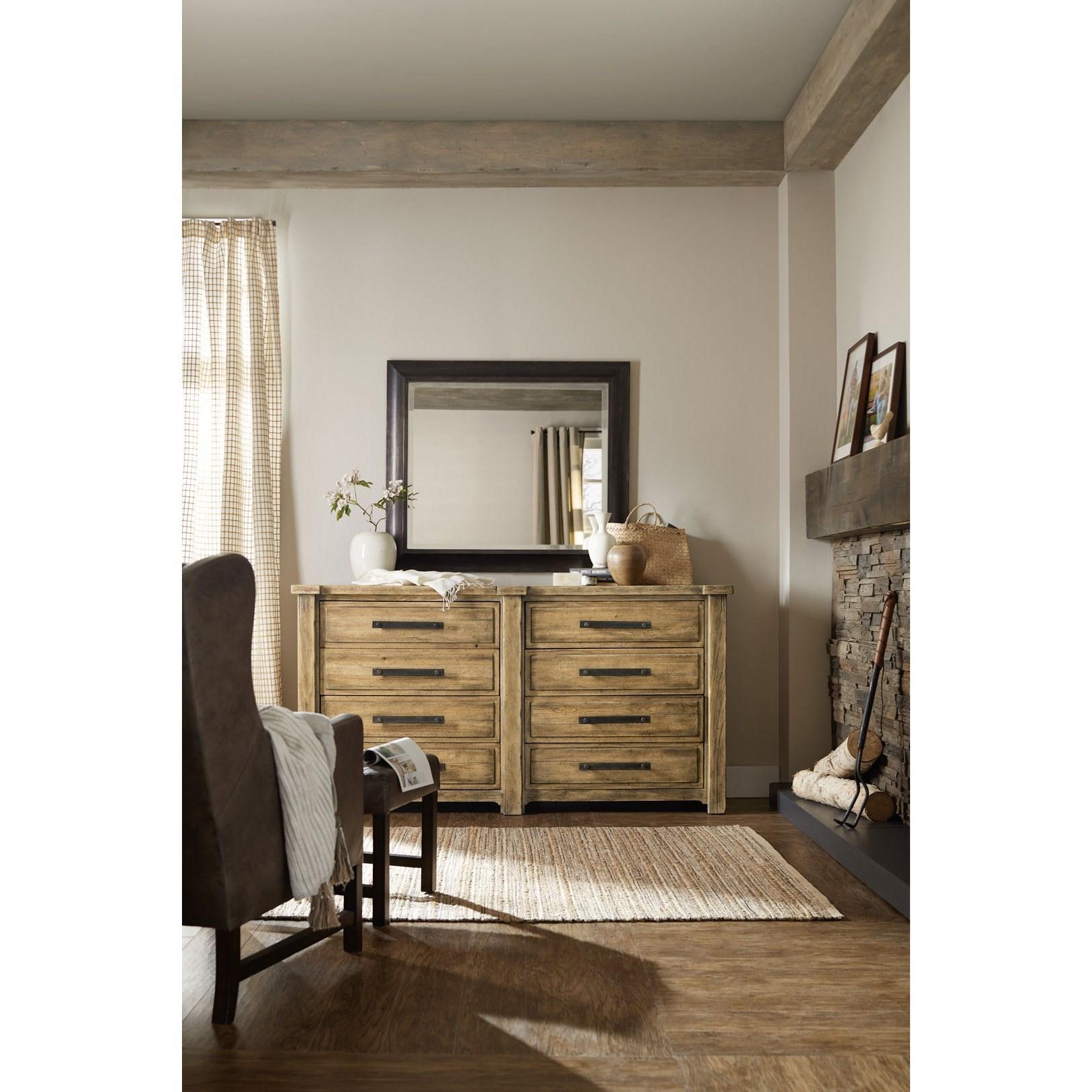 Roslyn Bedroom Furniture Set: Hamilton Home American Life