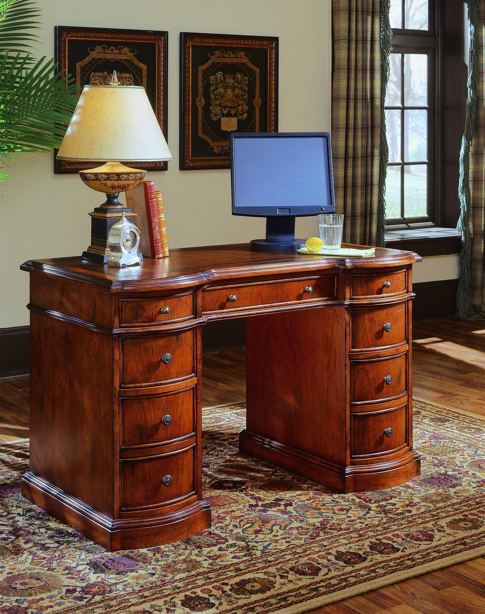Hooker Furniture Small Knee Hole Desks 299 10 301 Knee