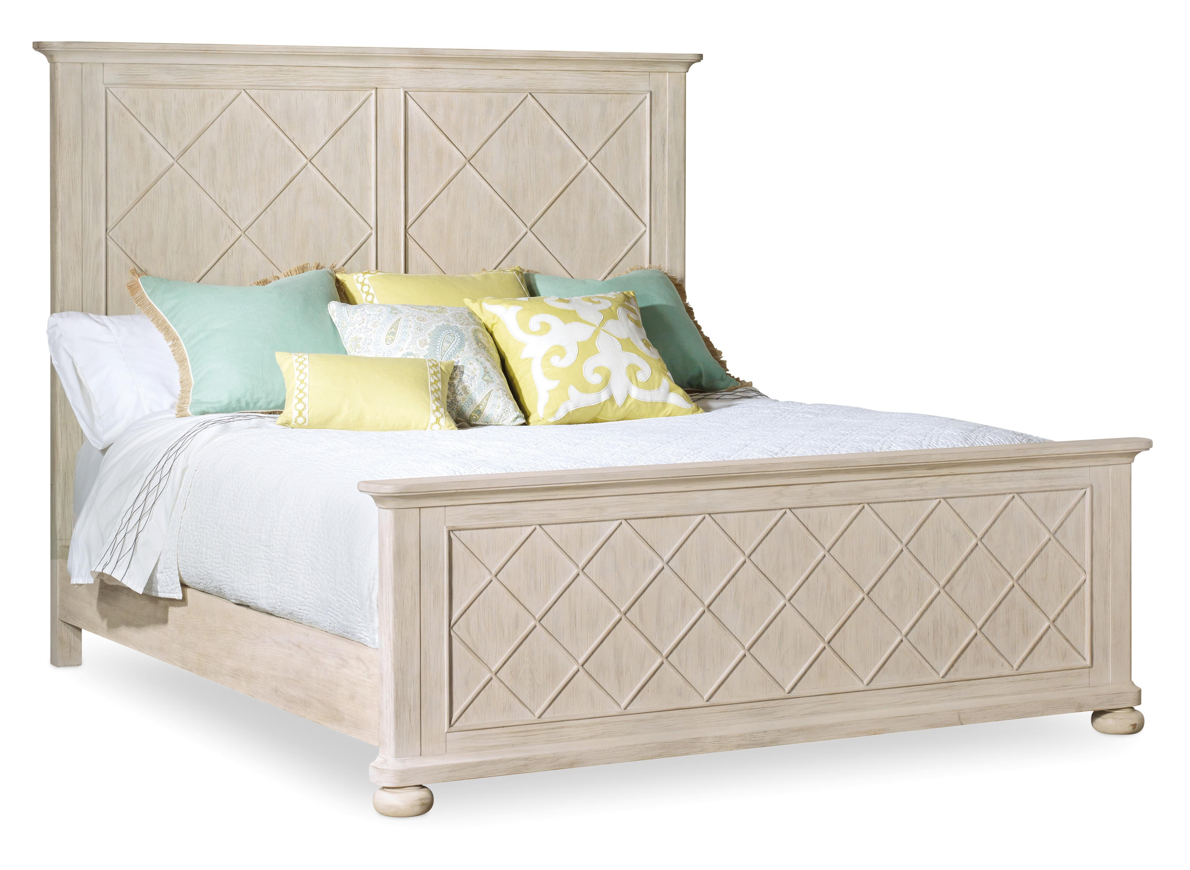 Hooker Furniture Sunset Point Queen Fretwork Panel Bed - Item Number: 5325-90250