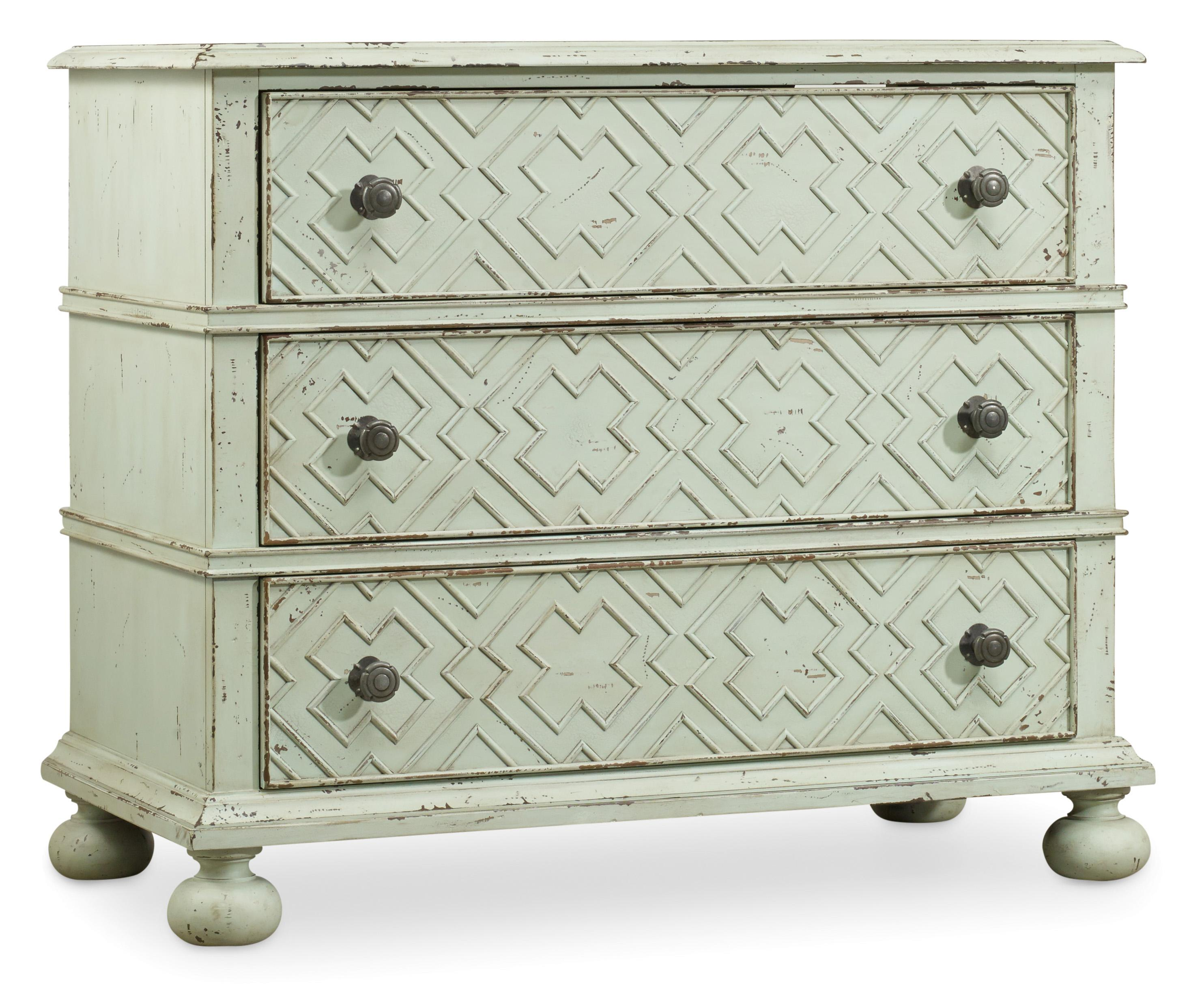 Hooker Furniture Sunset Point 3 Drawer Bachelor's Chest - Item Number: 5326-90017