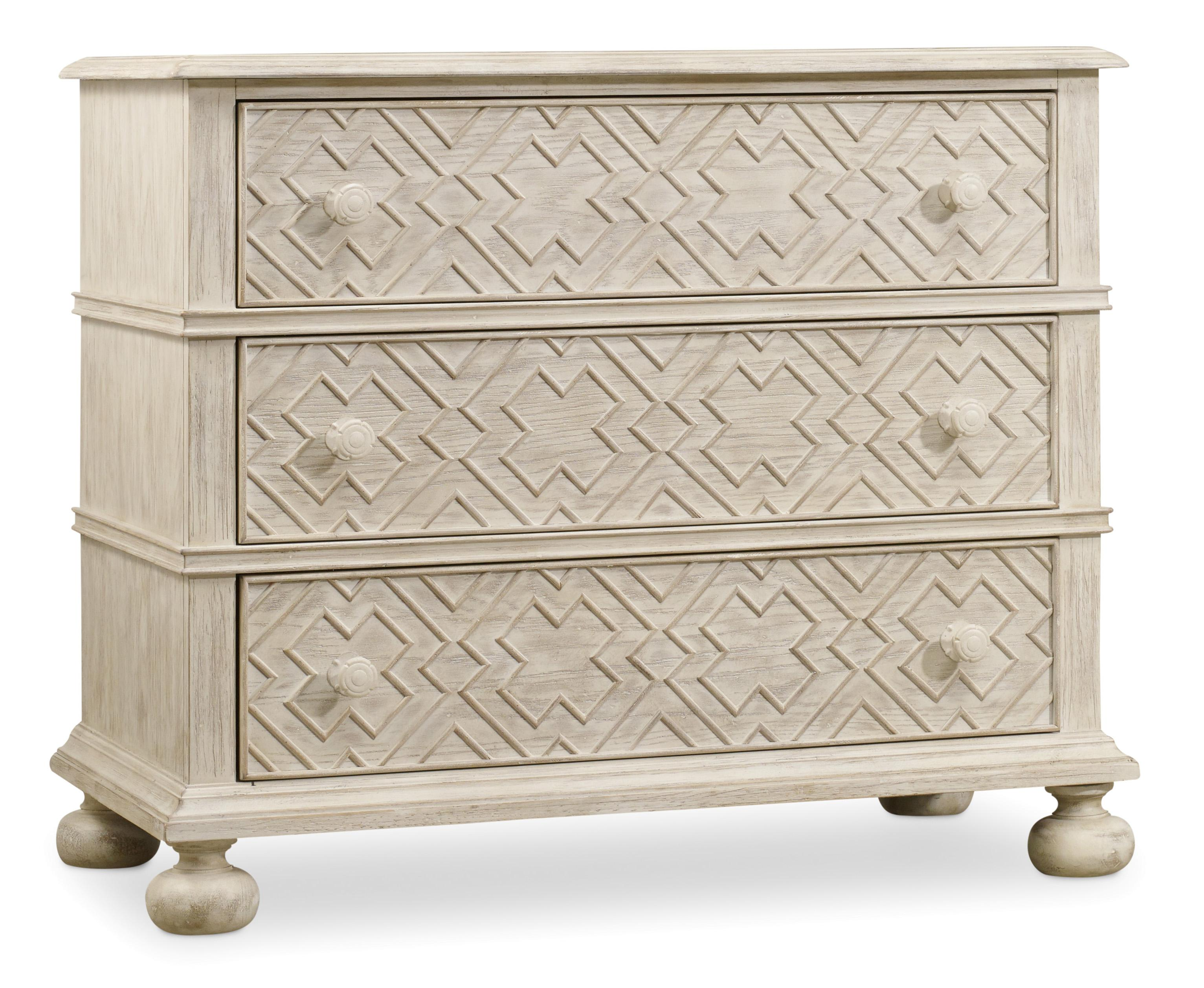 Hooker Furniture Sunset Point 3 Drawer Bachelor's Chest - Item Number: 5325-90017