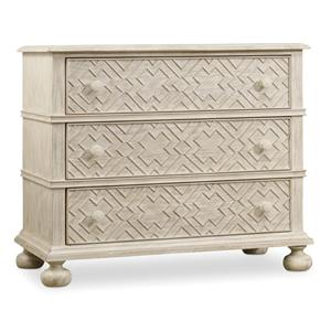 Hooker Furniture Sunset Point 3 Drawer Bachelor's Chest