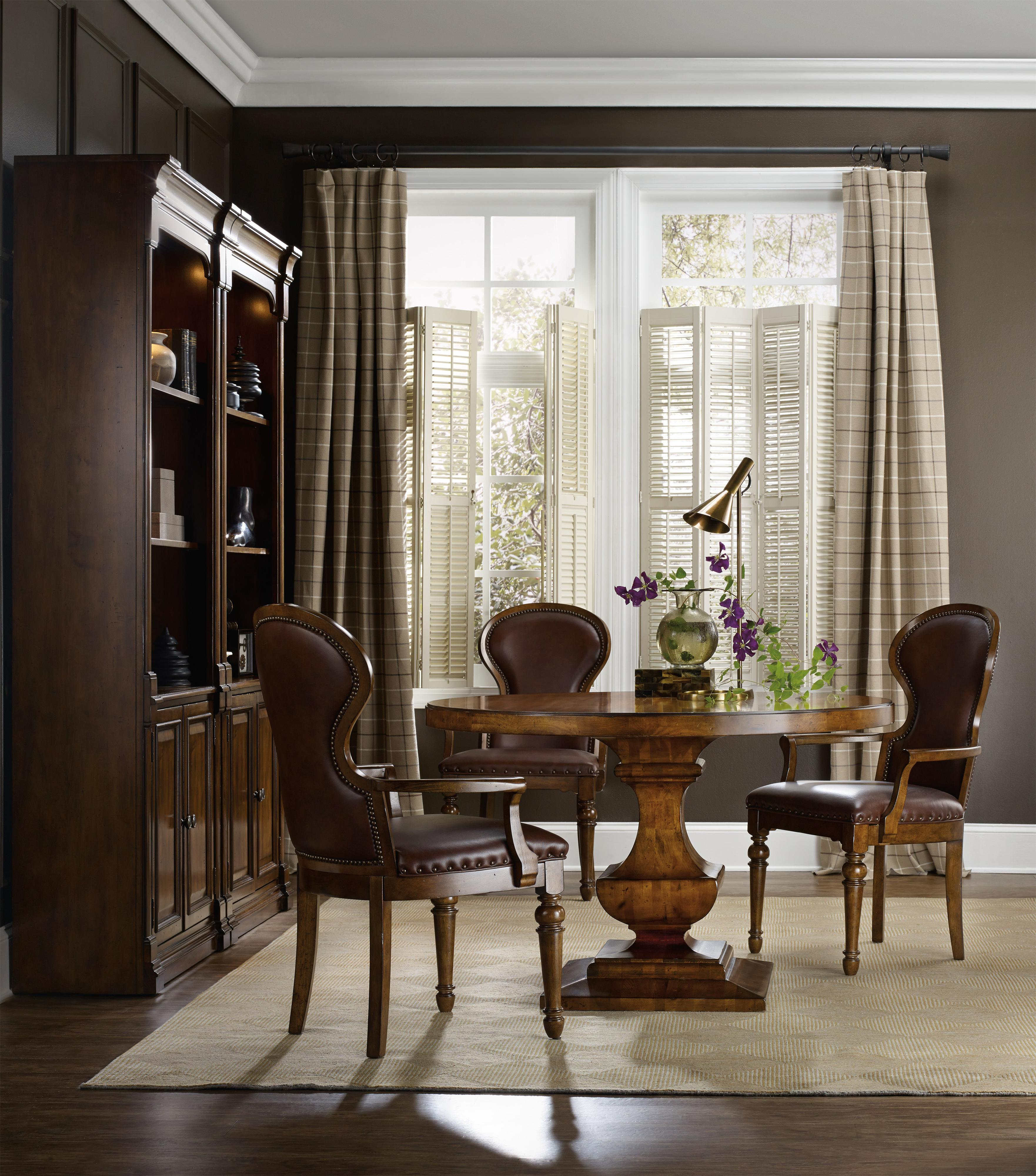 Hooker Furniture Tynecastle Formal Dining Room Group - Item Number: 5323 Dining Room Group 3