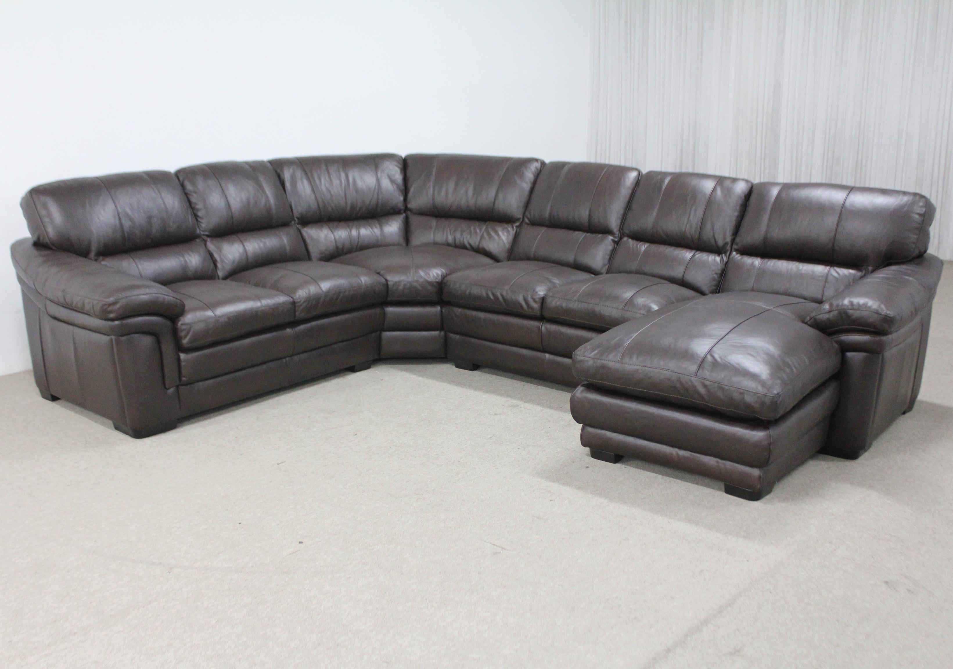 Sectional with Right Chaise