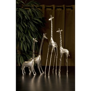 IMAX Worldwide Home Decorative Figurines Safari Giraffe Herd - Set of 4