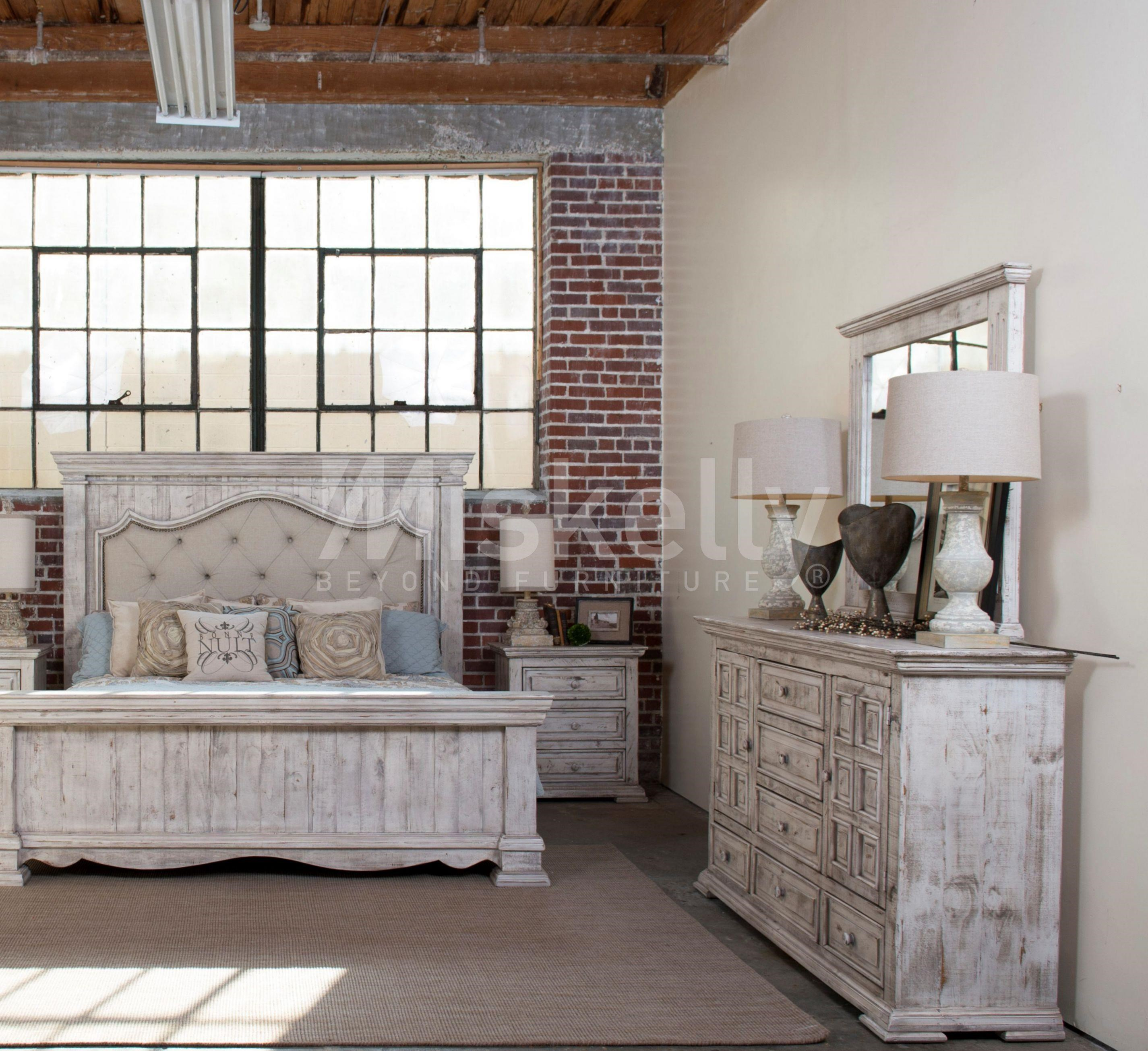 Queen Bed, Dresser, Mirror and Nighstand