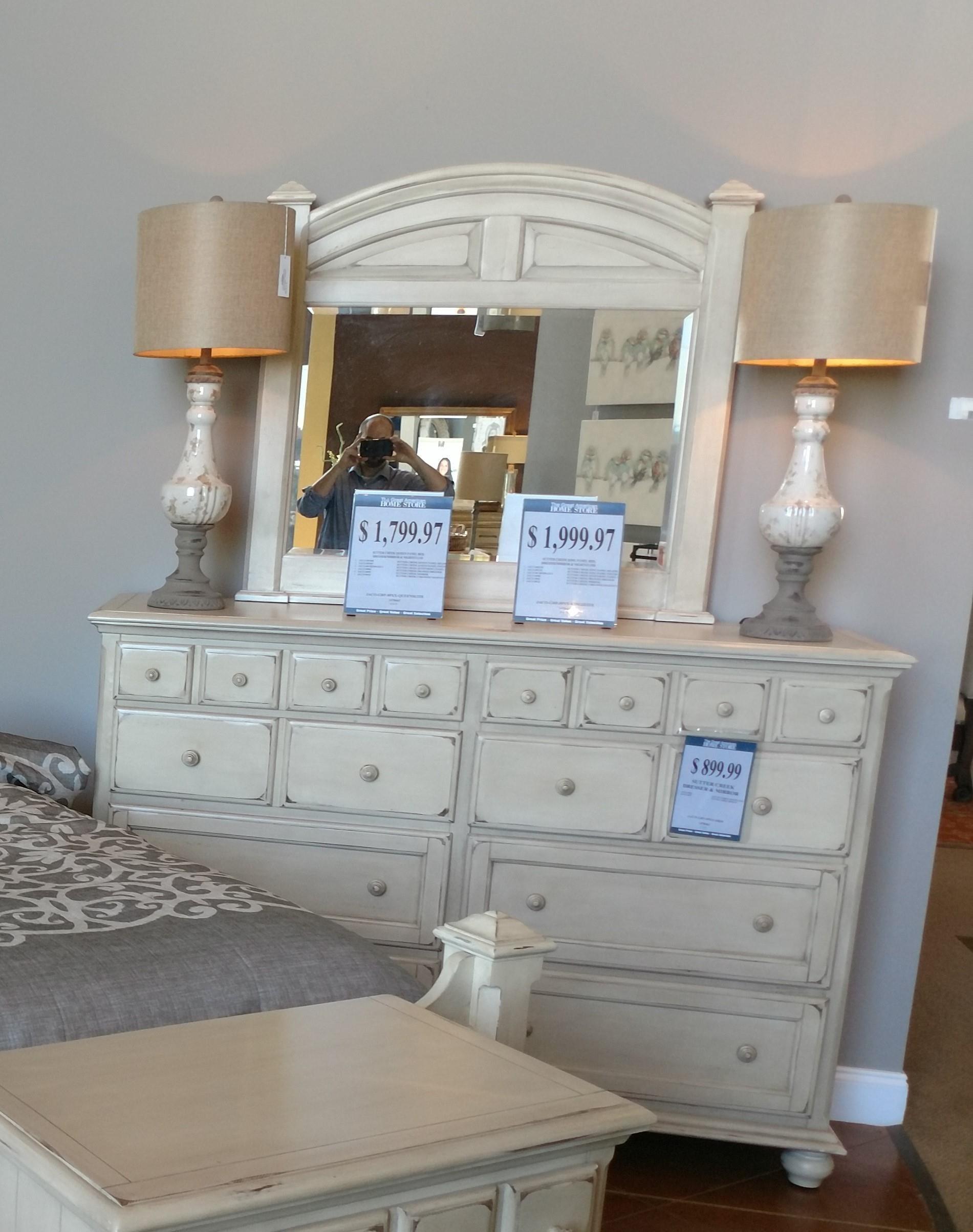 Jacob Edwards Designs Sutter Creek Drawer Dresser & Mirror - Item Number: GRP-89XX-DRM