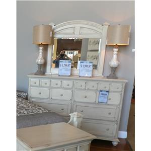 Jacob Edwards Designs Sutter Creek Drawer Dresser & Mirror