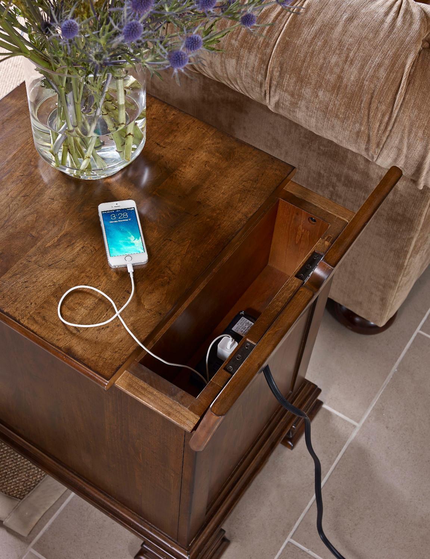 Kincaid Furniture Portolone Portolone Solid Wood Chairside