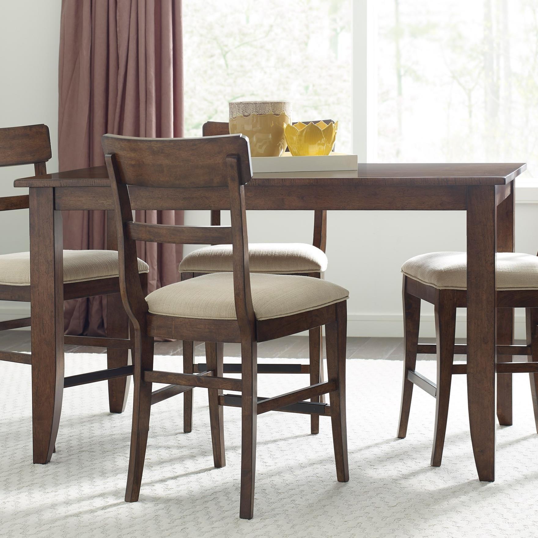 https://images.furnituredealer.net/img/products%2Fkincaid_furniture%2Fcolor%2Fthe%20nook_664-762-b1.jpg
