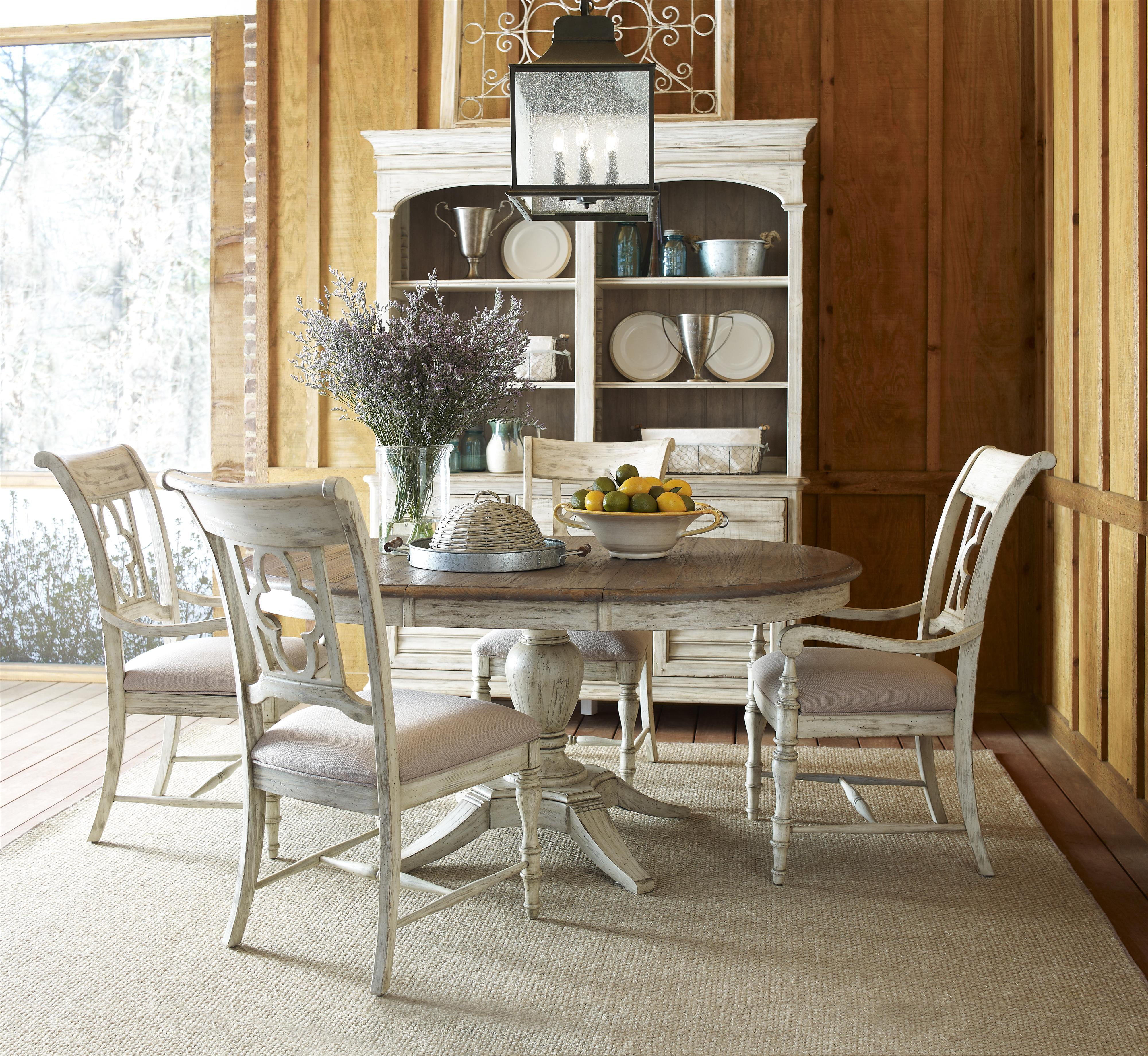 Kincaid Furniture Weatherford Milford Round Dining Table