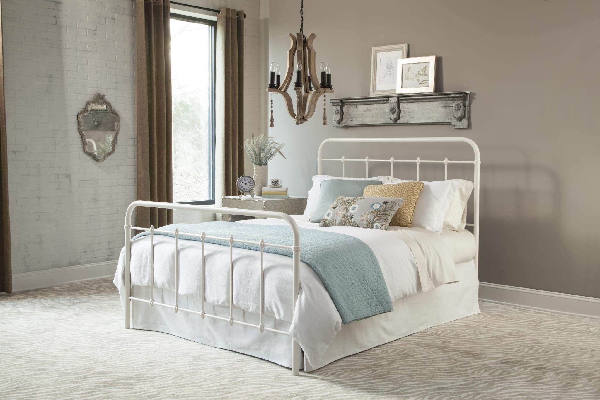 Kith Furniture 899 White Queen Metal Bed - Item Number: GRP-899-QUEENBED