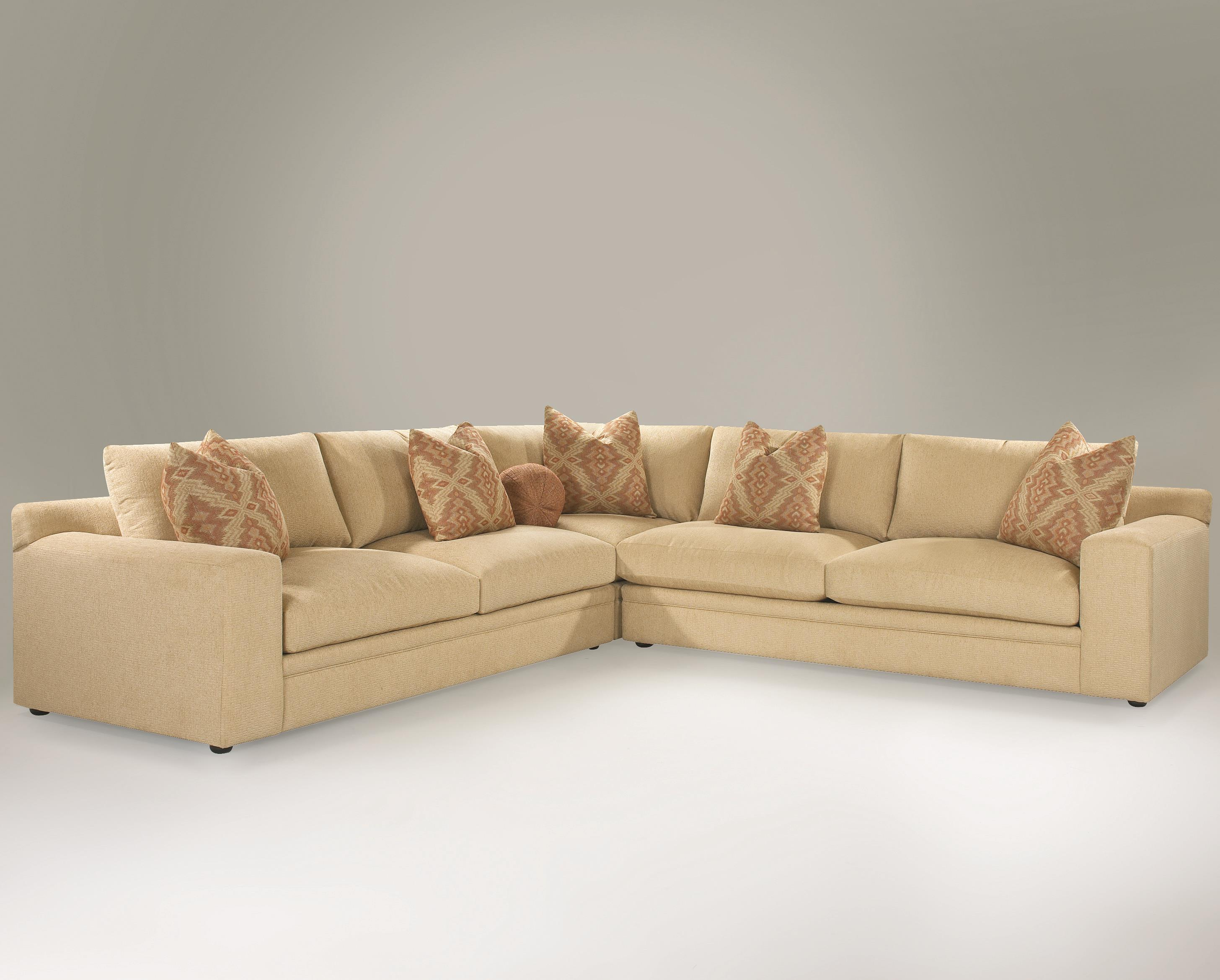 Klaussner Casa Mesa Casual 3 Piece Sectional Sofa with Track Arms