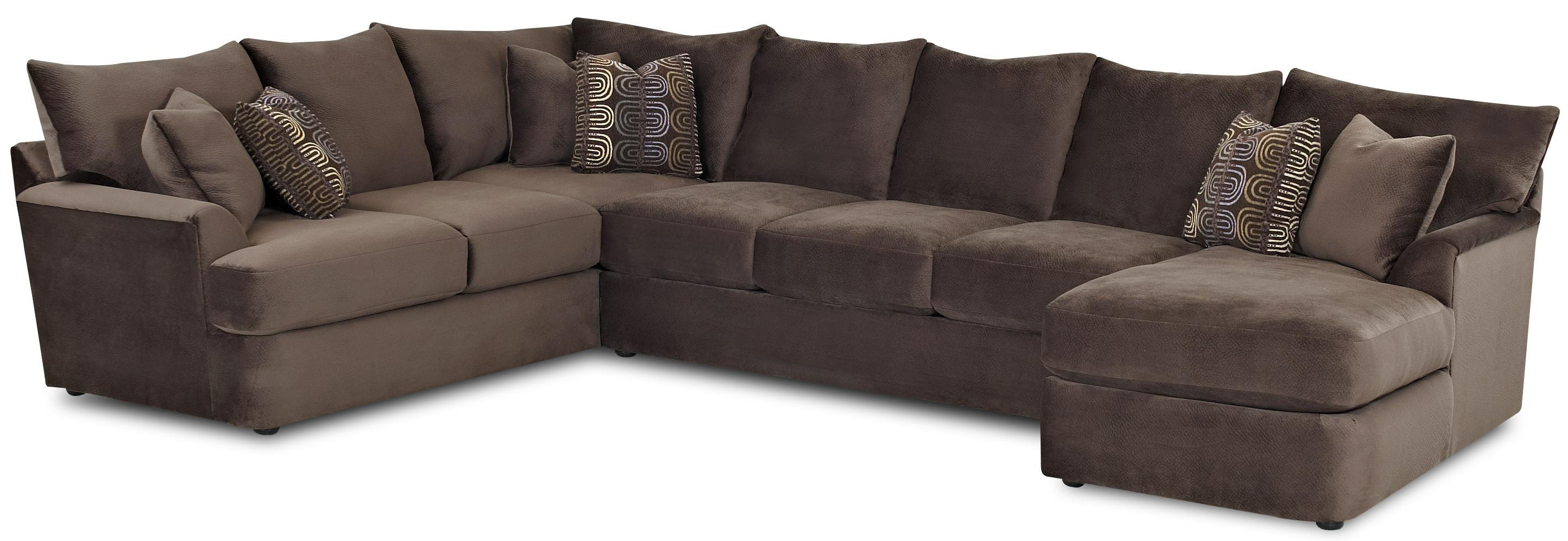 Klaussner Findley L Shaped Sectional Sofa with Right Chaise AHFA
