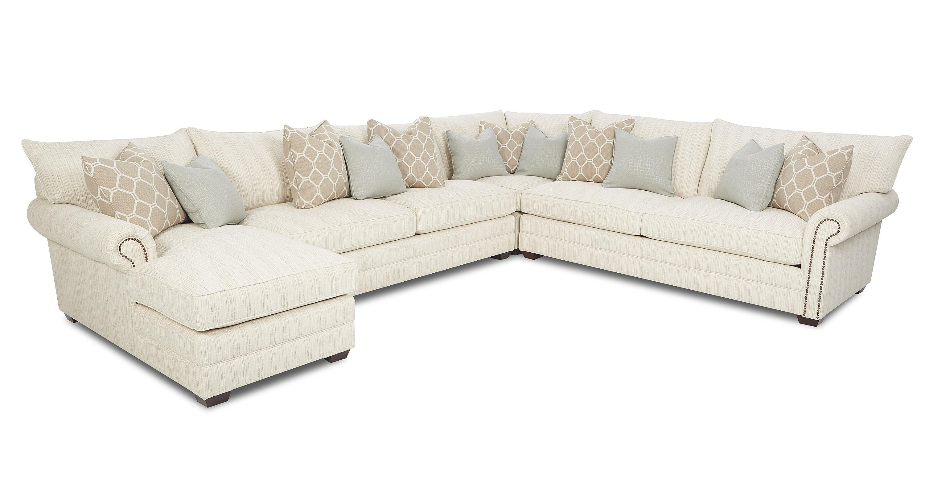 Klaussner Huntley Traditional Sectional Sofa   Item Number: D41610L  CHASE+AS+CORN+