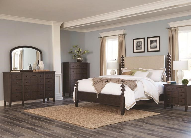 Mckinnon Queen Bedroom Group