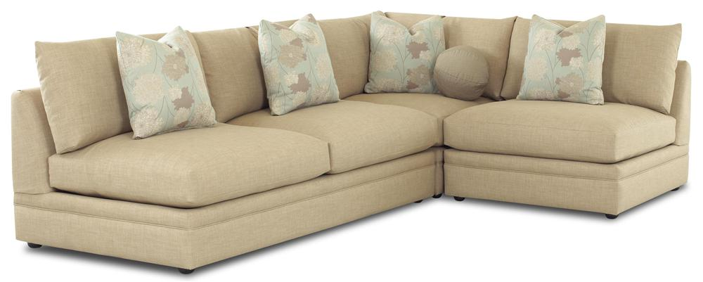 Klaussner Melrose Place Three Piece Sectional - Item Number: D7600ALS+AC+CORN