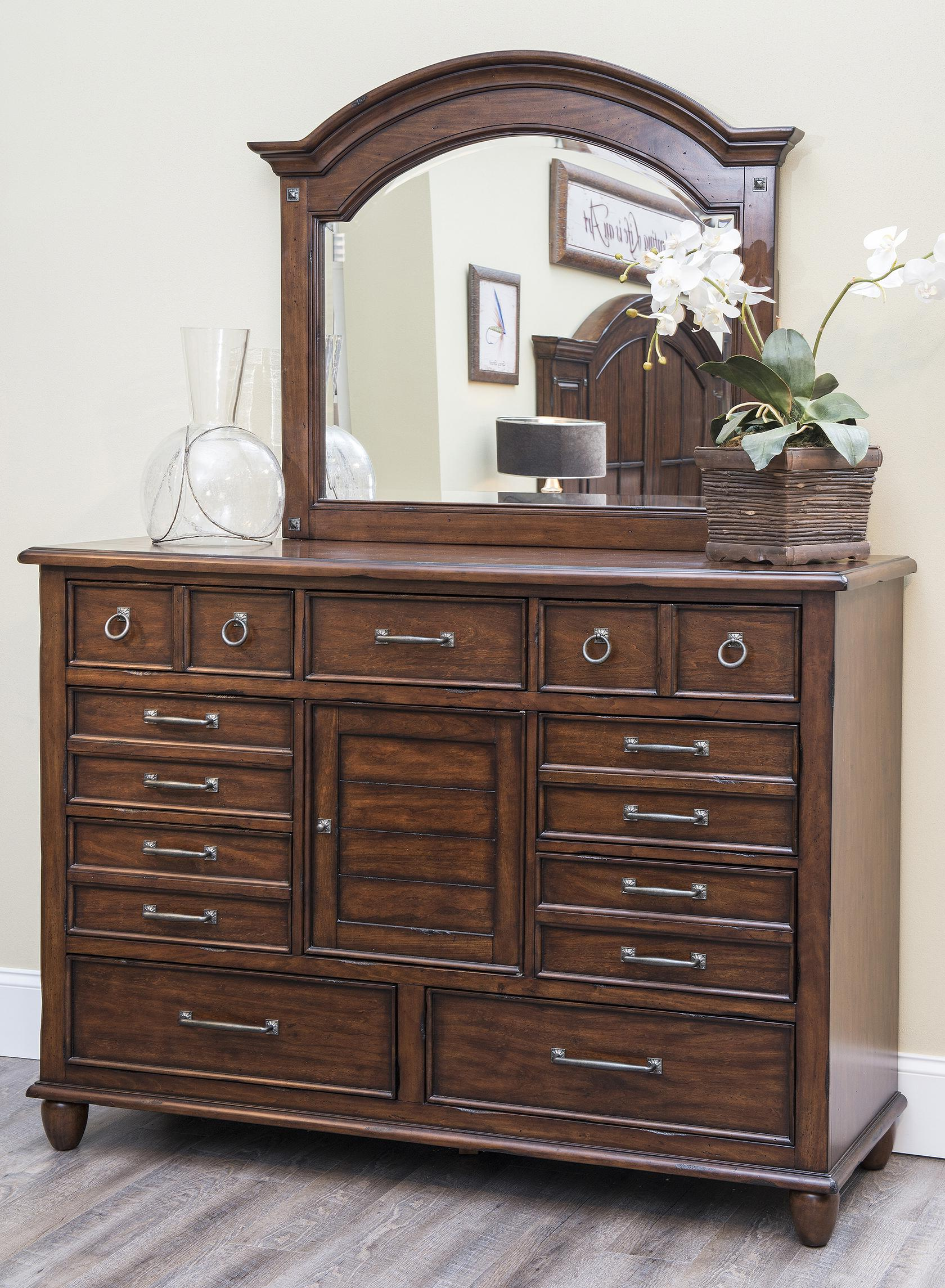 Easton Collection Blue Ridge Dresser and Mirror Set - Item Number: 426-650 DRES+661 MIRR