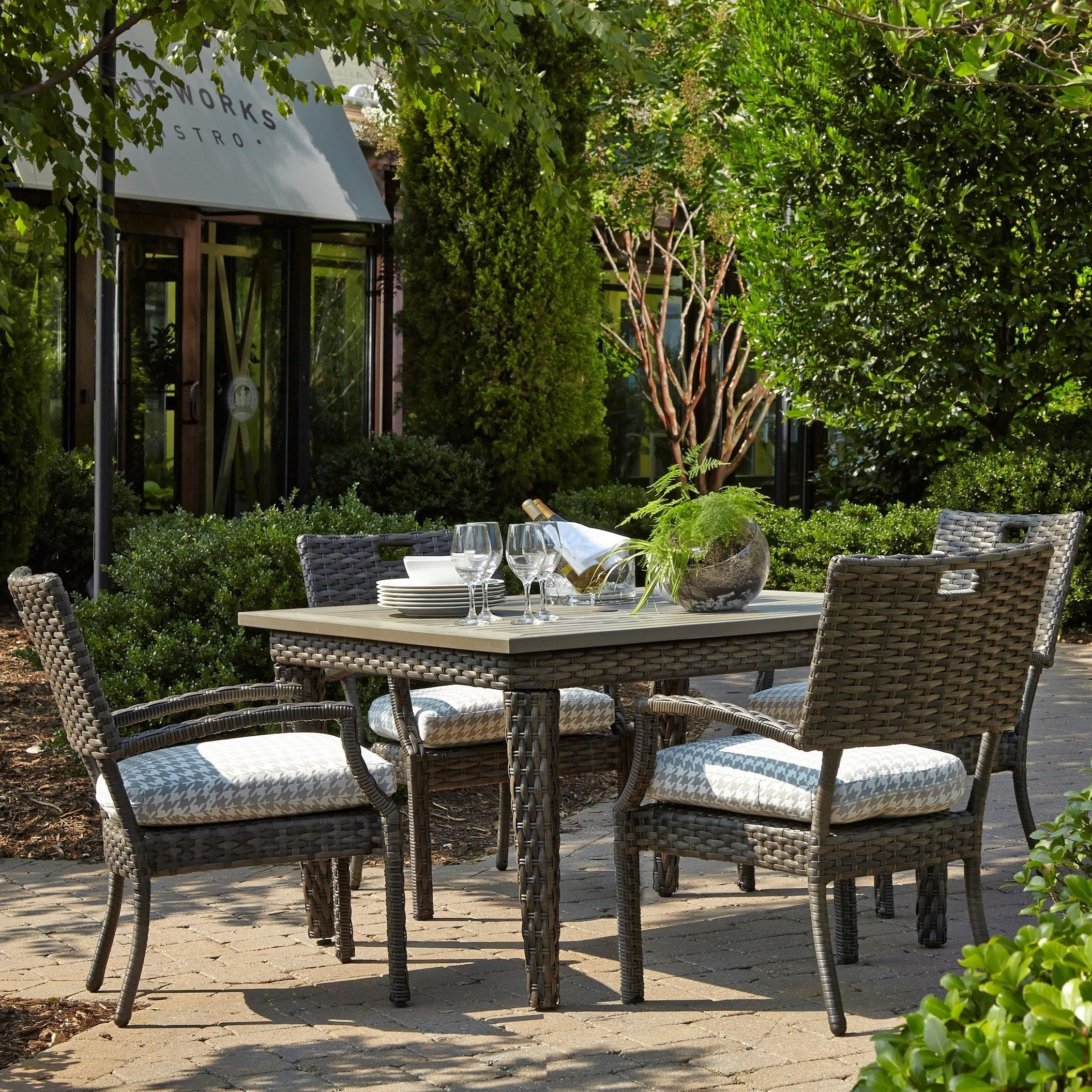 5 Pc Outdoor Dining Set w/ Drain Cushions