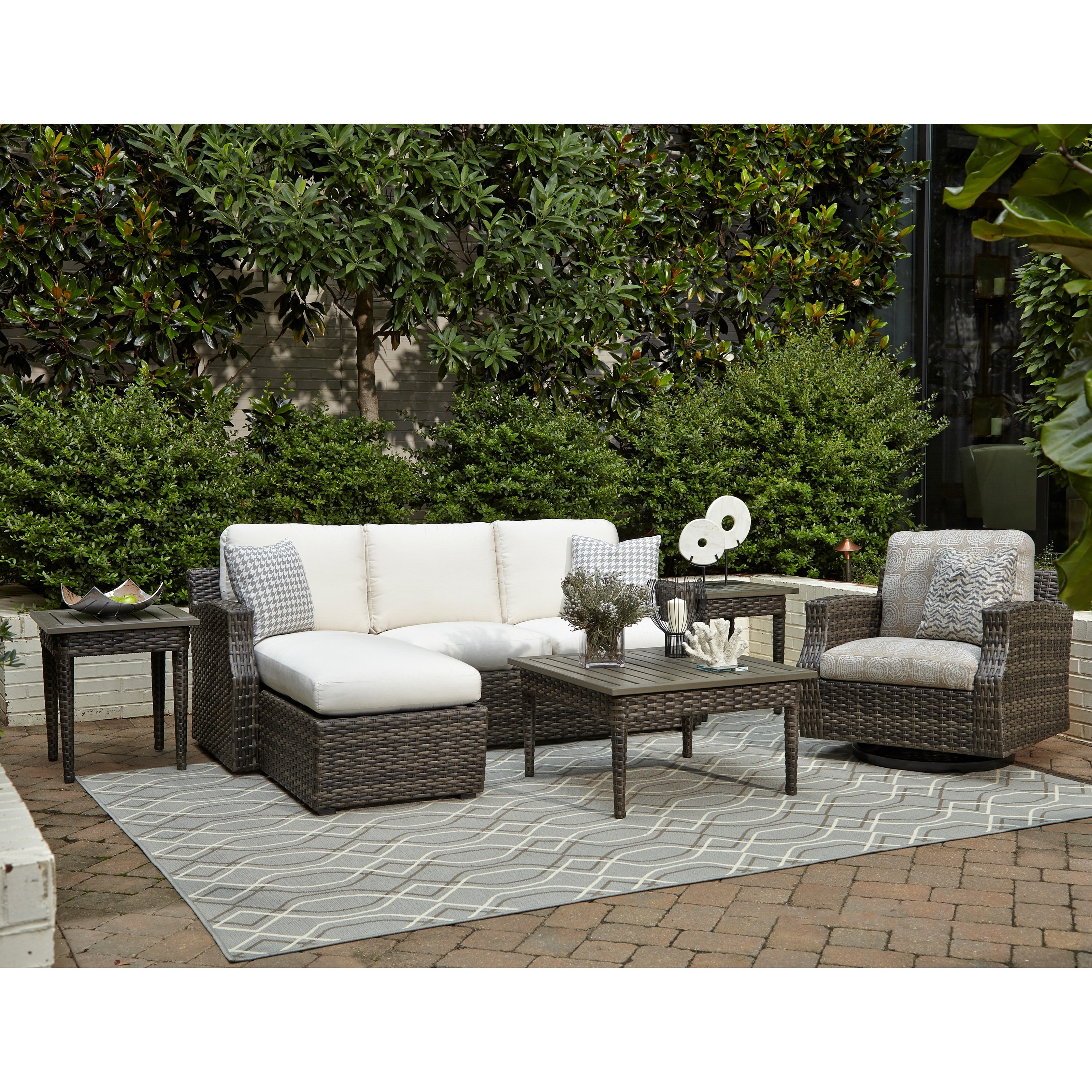 Outdoor Chat Set w/ Drainable Cushions