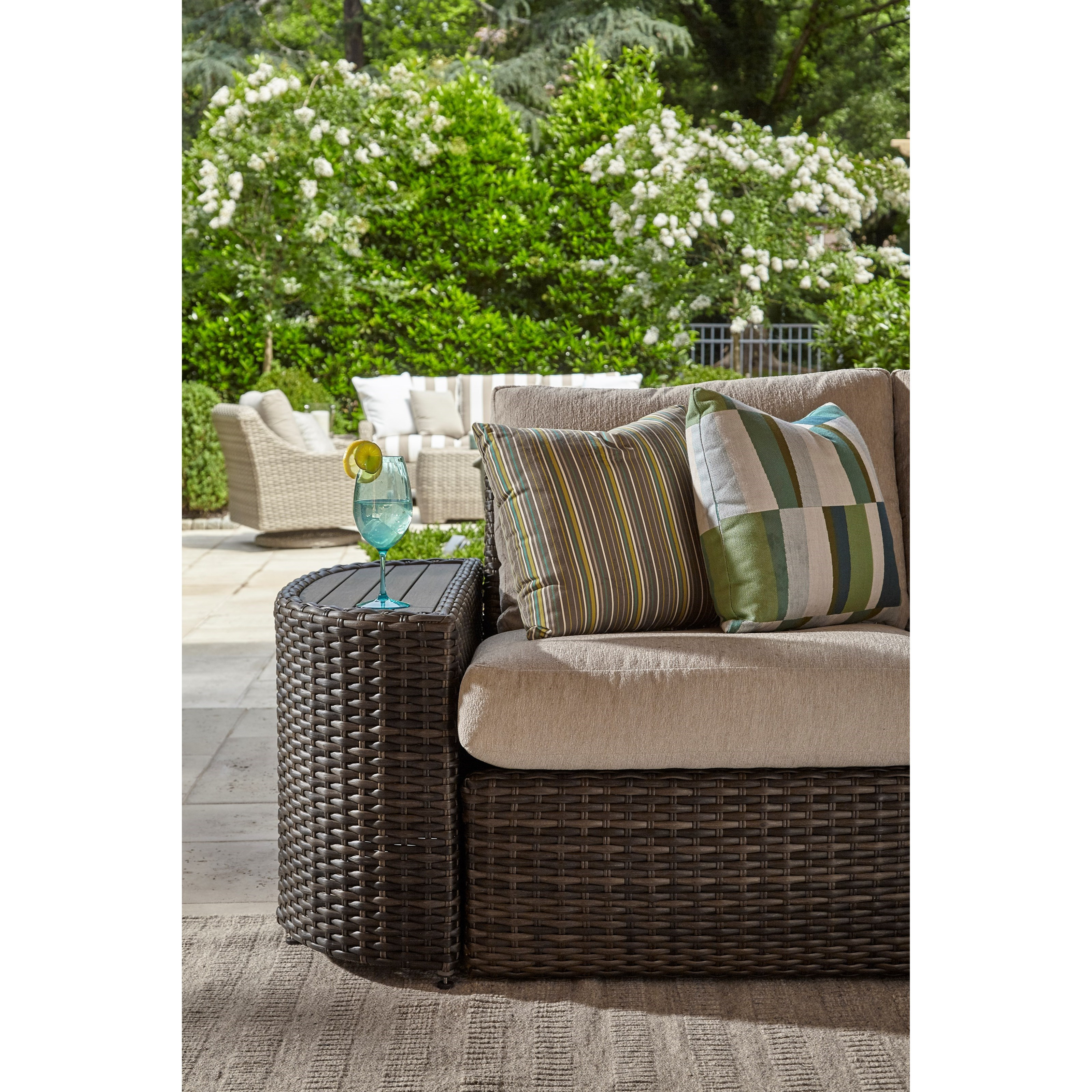Klaussner Outdoor Mod Series Cava 4 Seat Sectional With