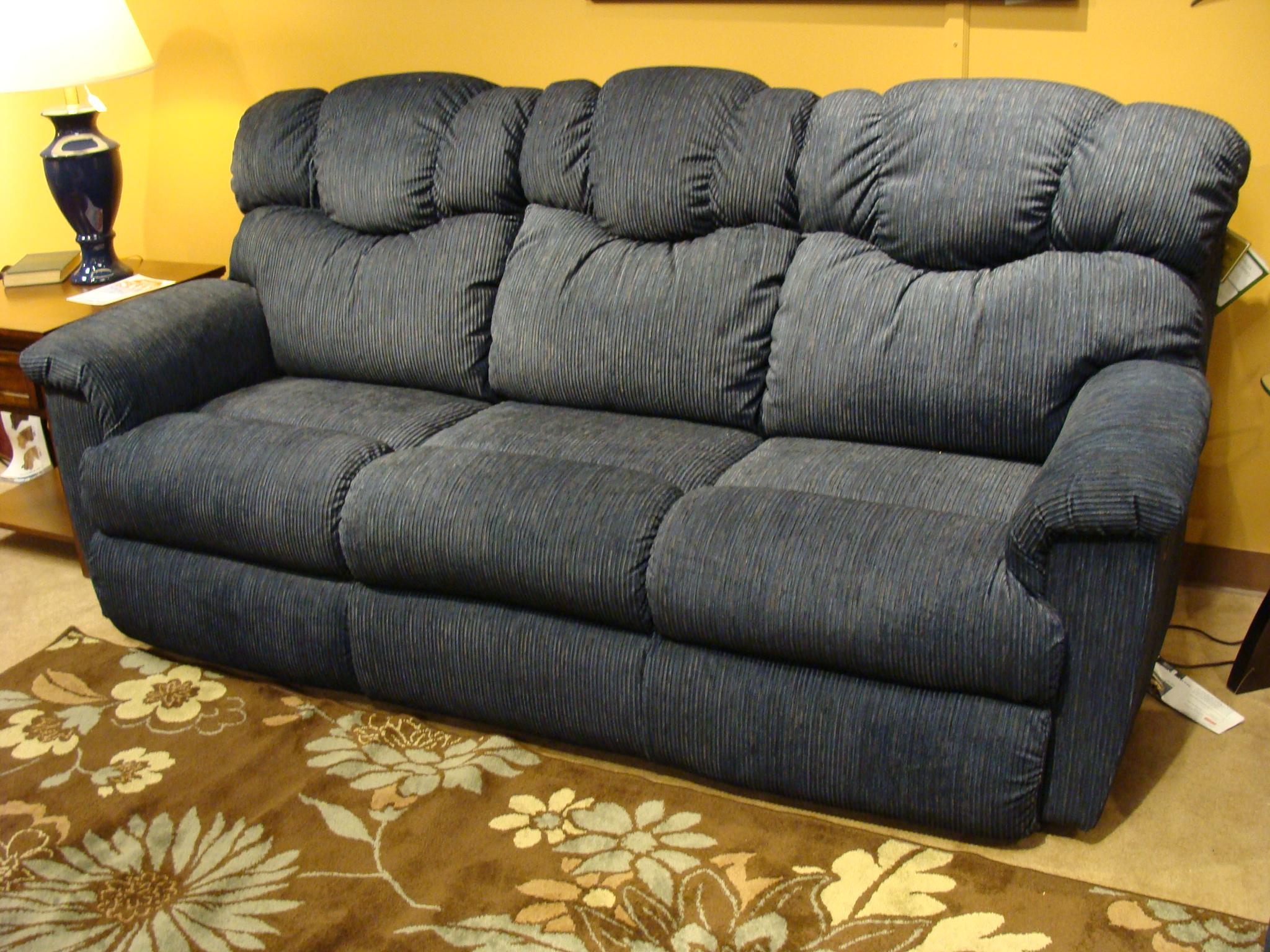 La Z Boy Lancer La Z Time Full Reclining Sofa VanDrie Home